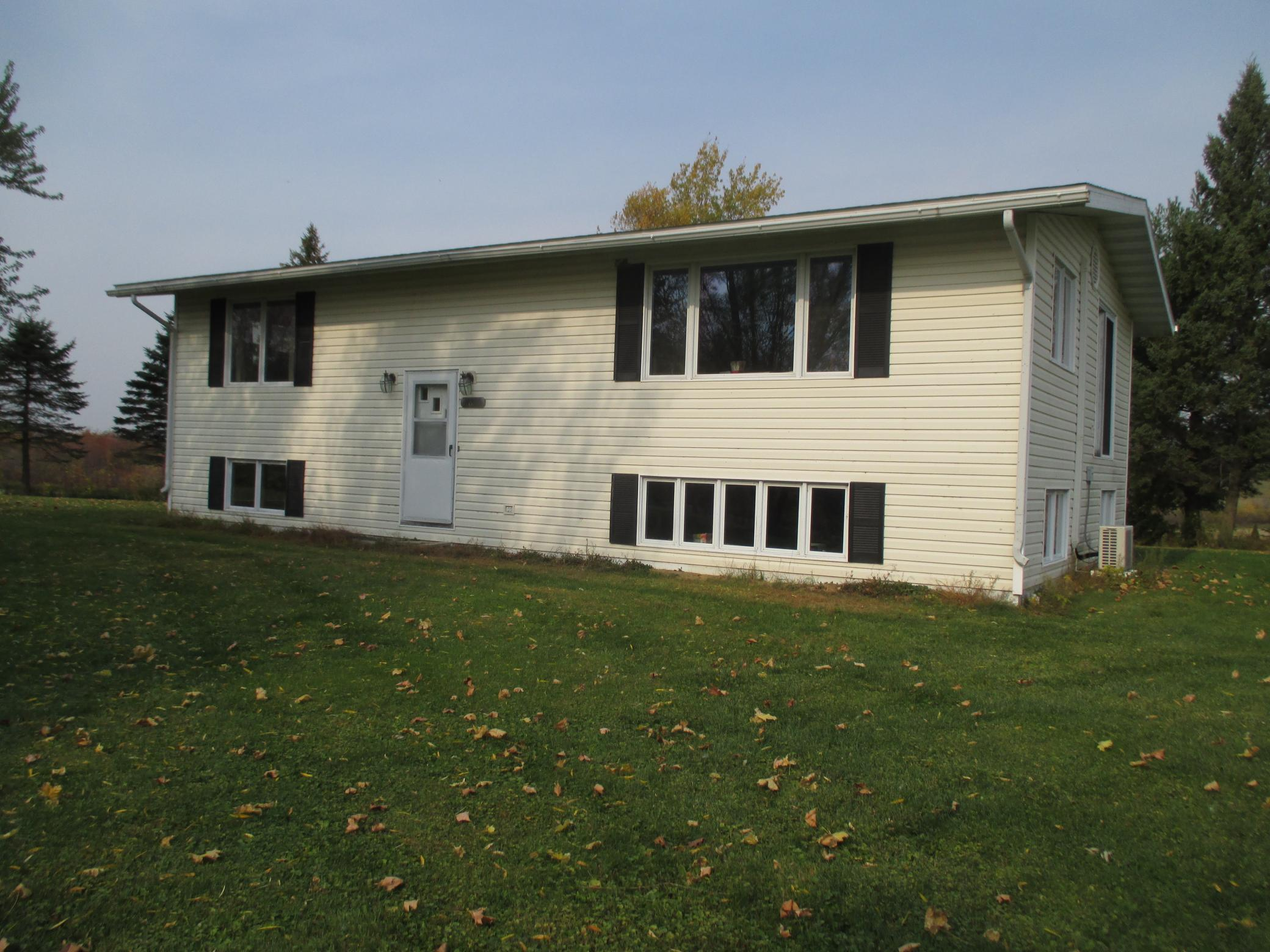 2816 90th Avenue Property Photo - Woodville, WI real estate listing
