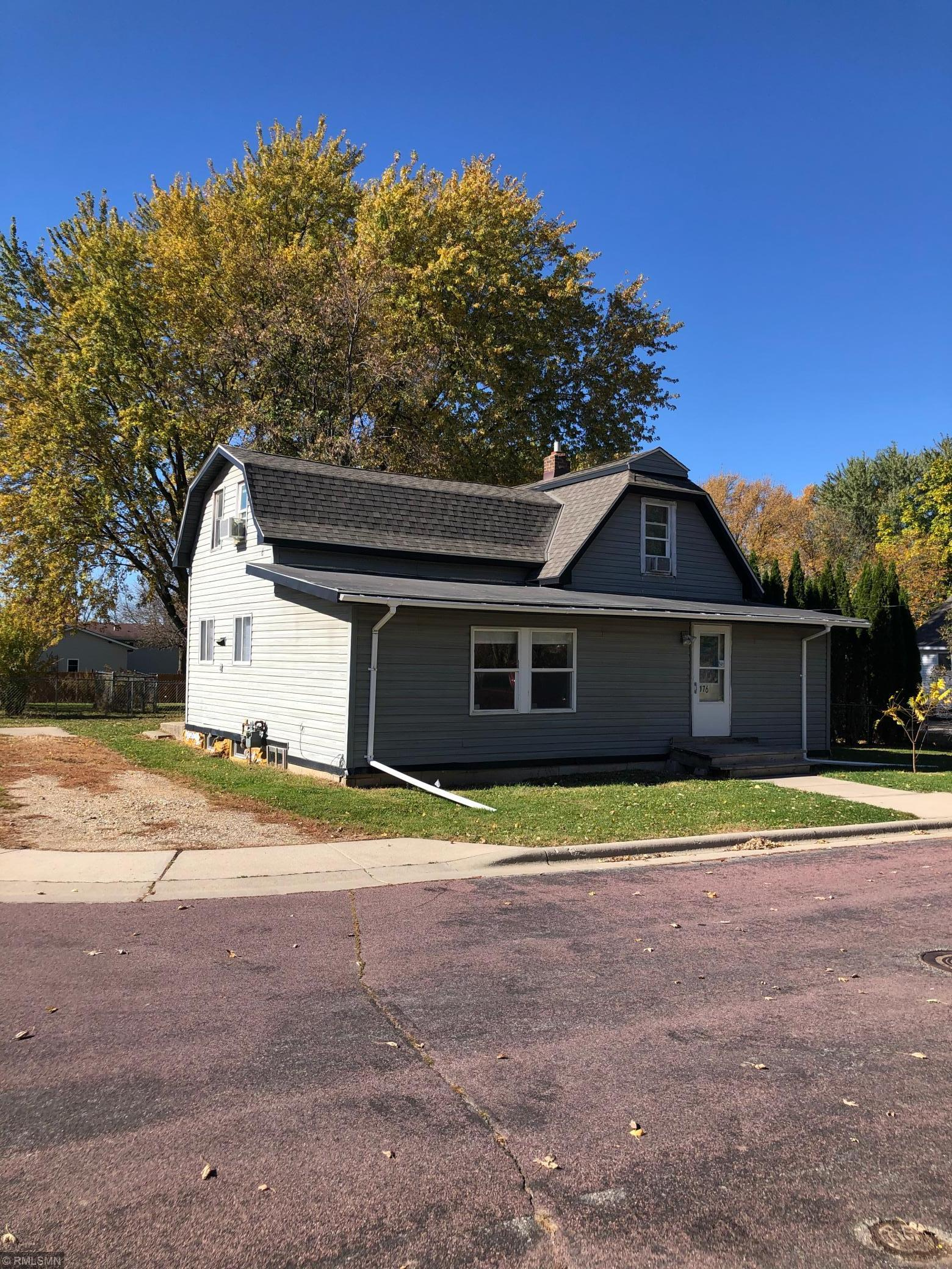 176 S Inga Avenue Property Photo - Le Center, MN real estate listing