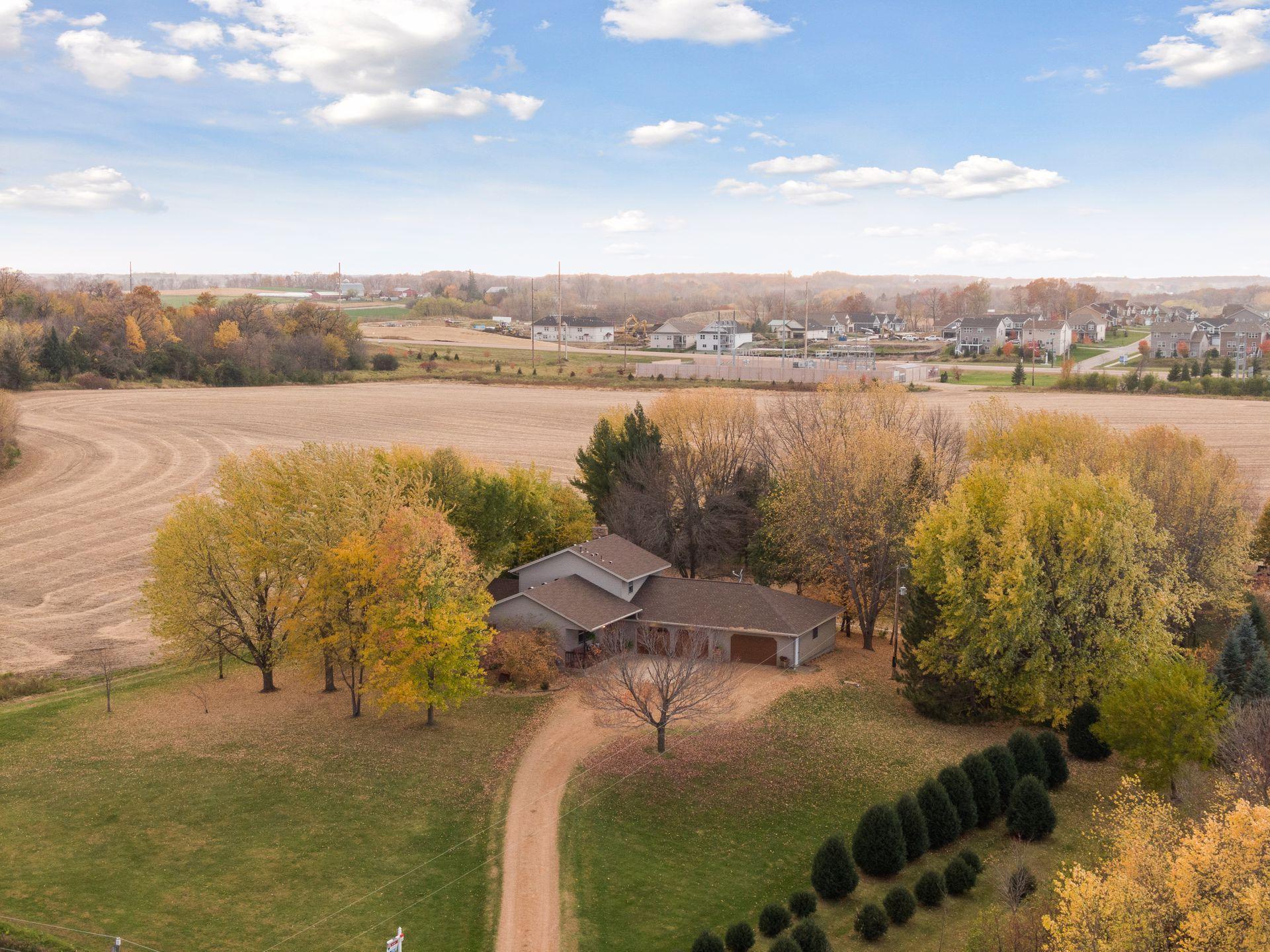 9480 Shady Oak Drive Property Photo - Chaska, MN real estate listing