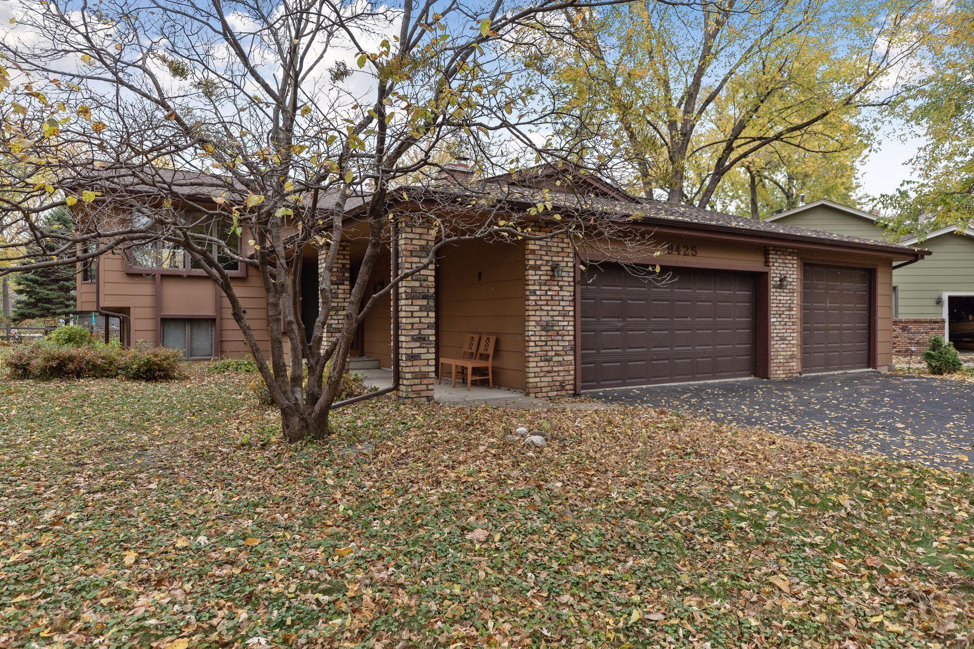 9425 Riverview Circle S Property Photo - Bloomington, MN real estate listing