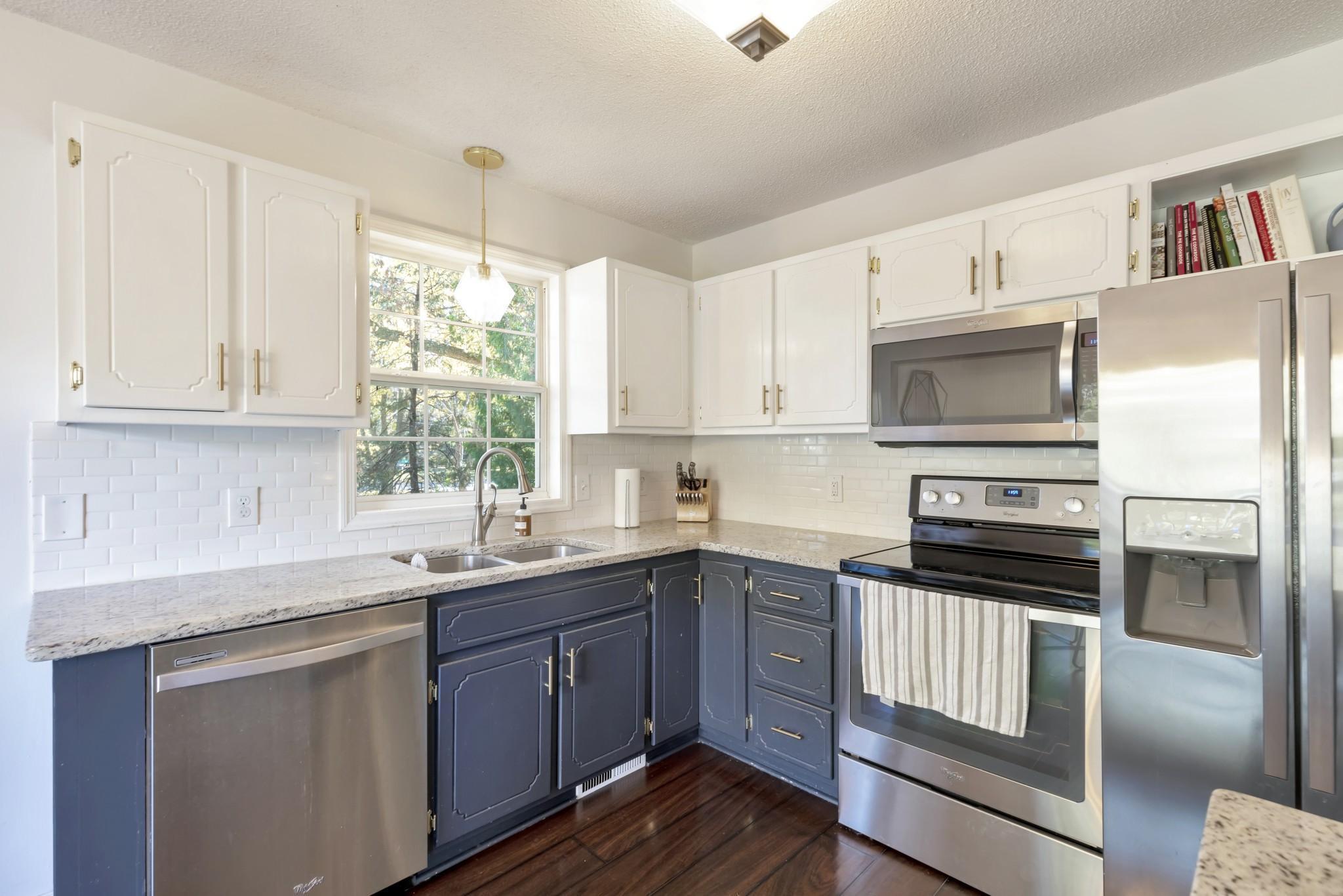 Aud Sub 083 Real Estate Listings Main Image