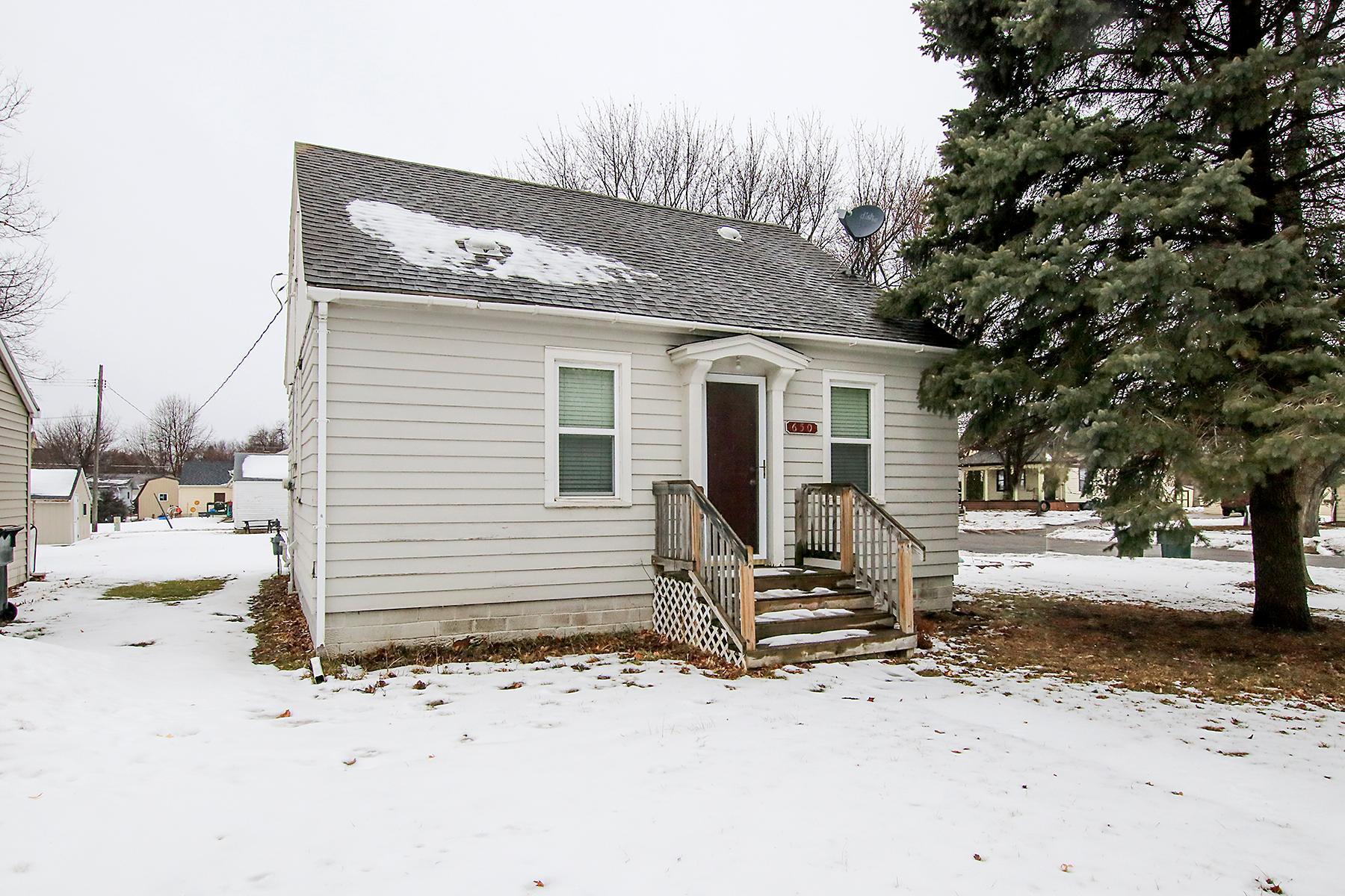 650 Cherry Street Property Photo - Stewart, MN real estate listing