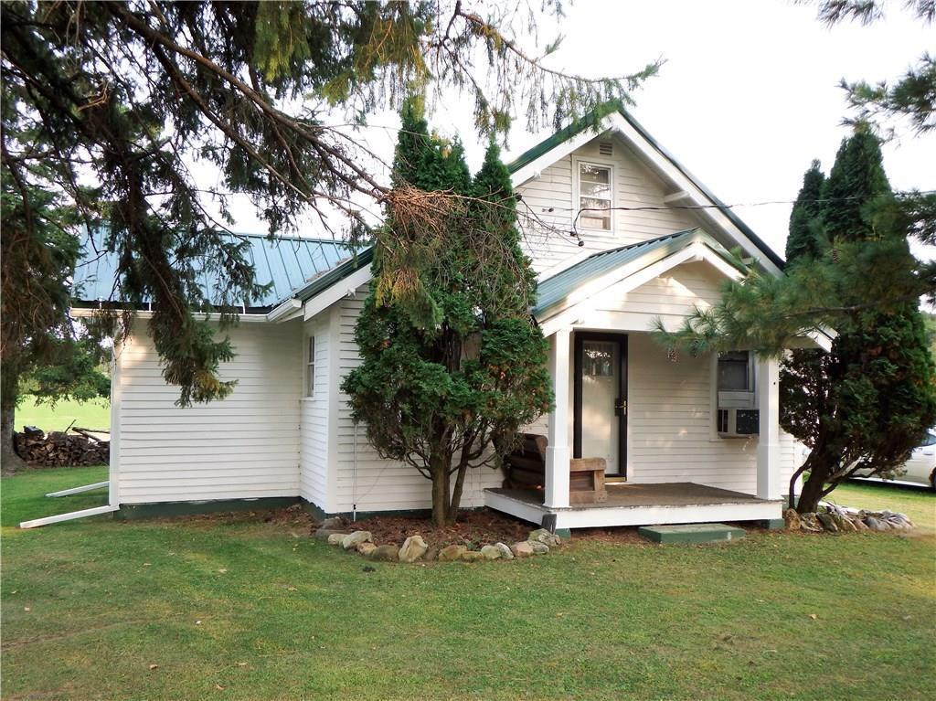 301 8 3/4 Street Property Photo - Prairie Farm, WI real estate listing