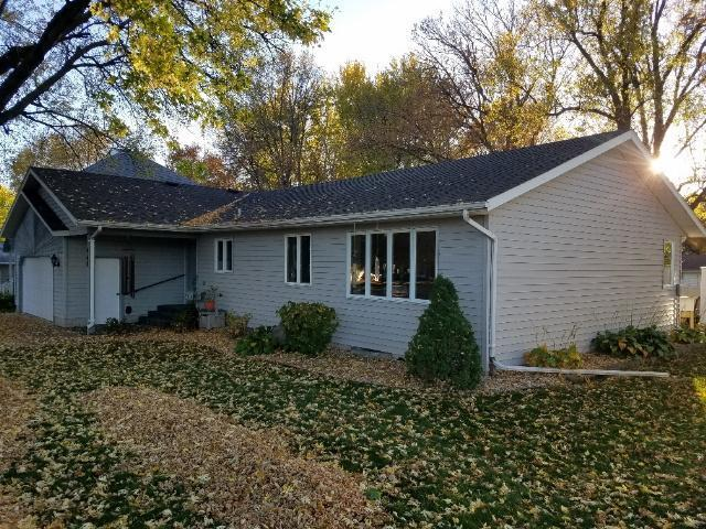 460 6th Avenue SW Property Photo - Wells, MN real estate listing