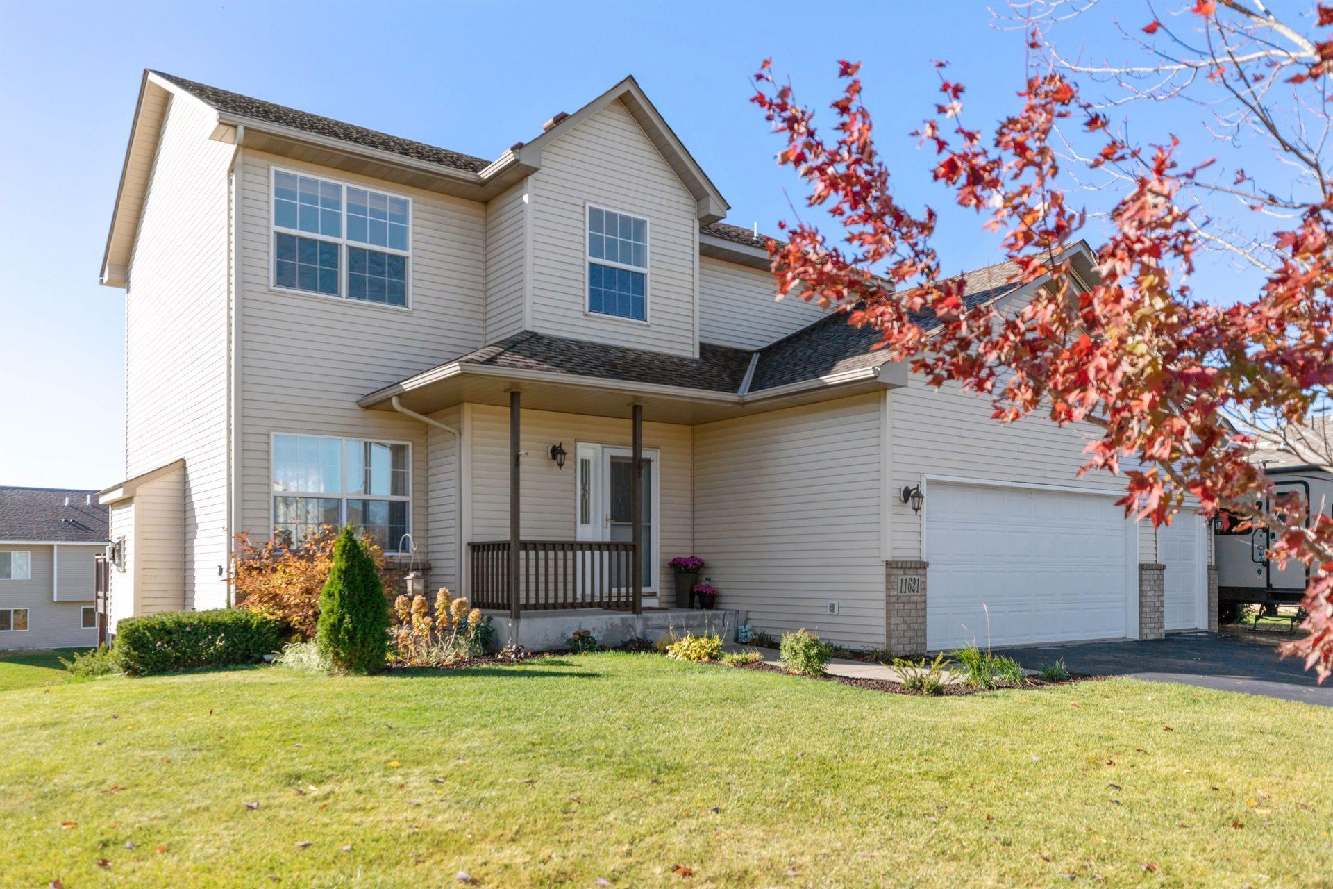 11621 Lynwood Avenue NE Property Photo - Hanover, MN real estate listing