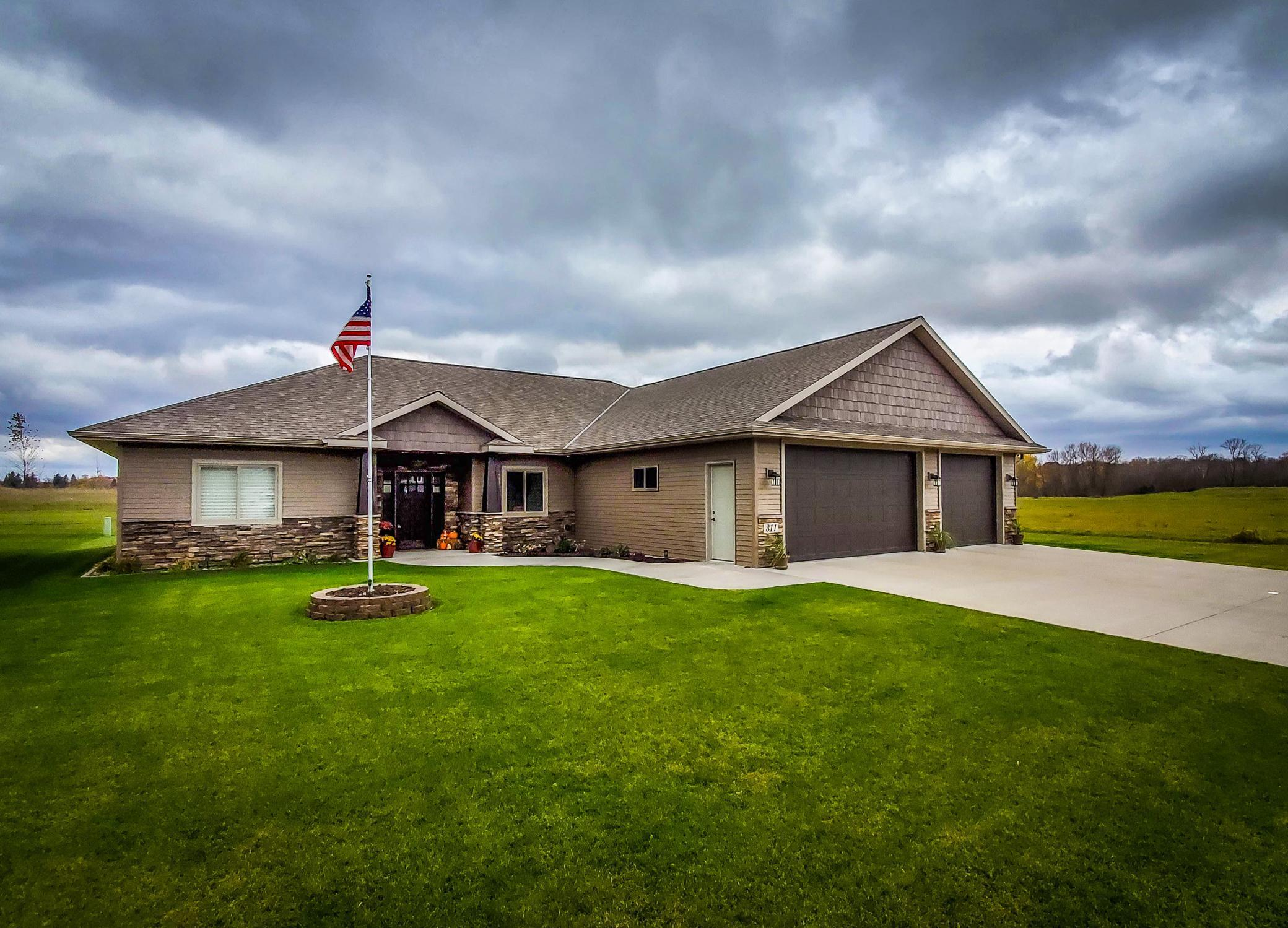 311 Estate Drive Property Photo - Avon, MN real estate listing