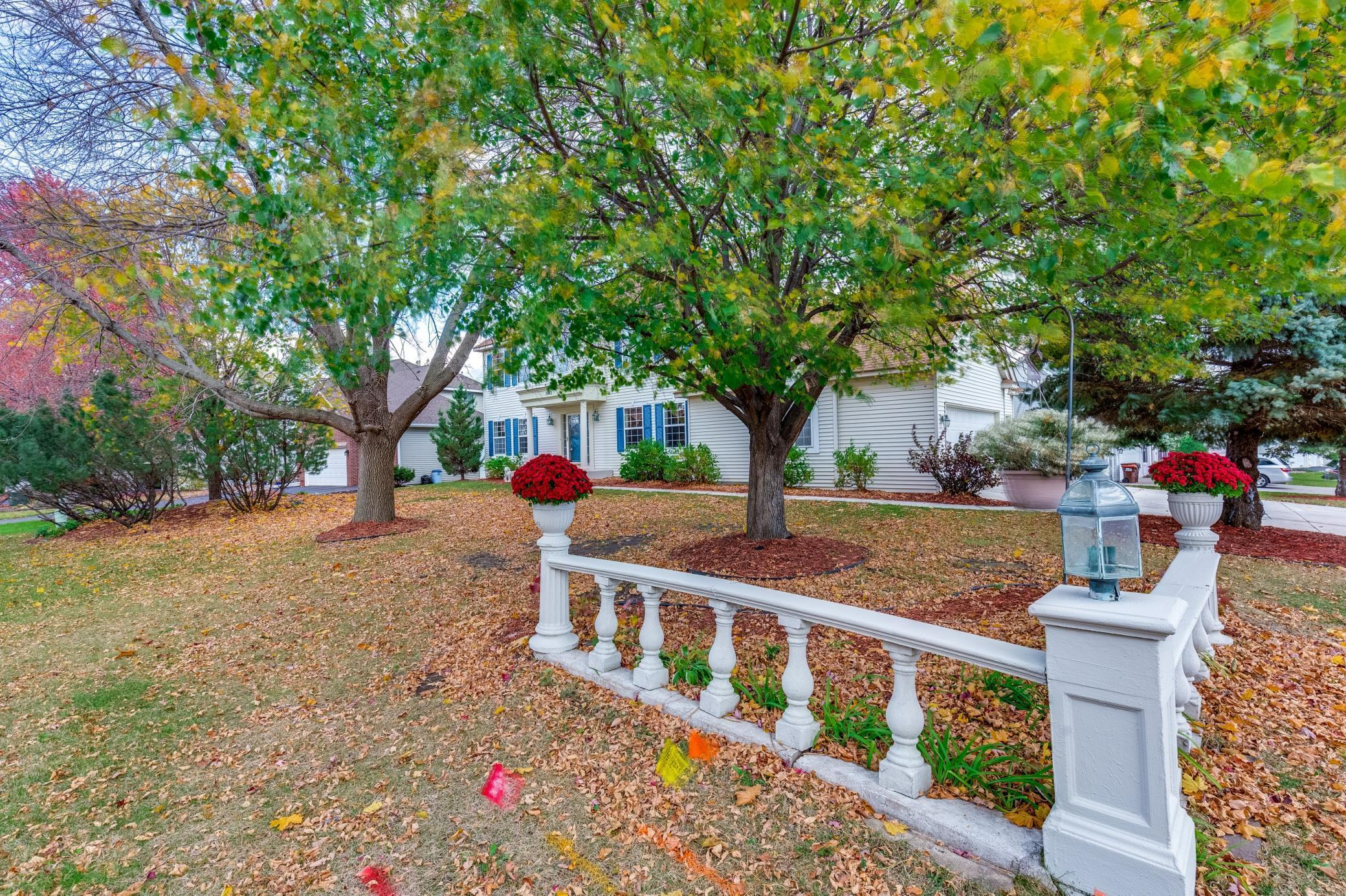 3943 Bailey Ridge Drive Property Photo - Woodbury, MN real estate listing
