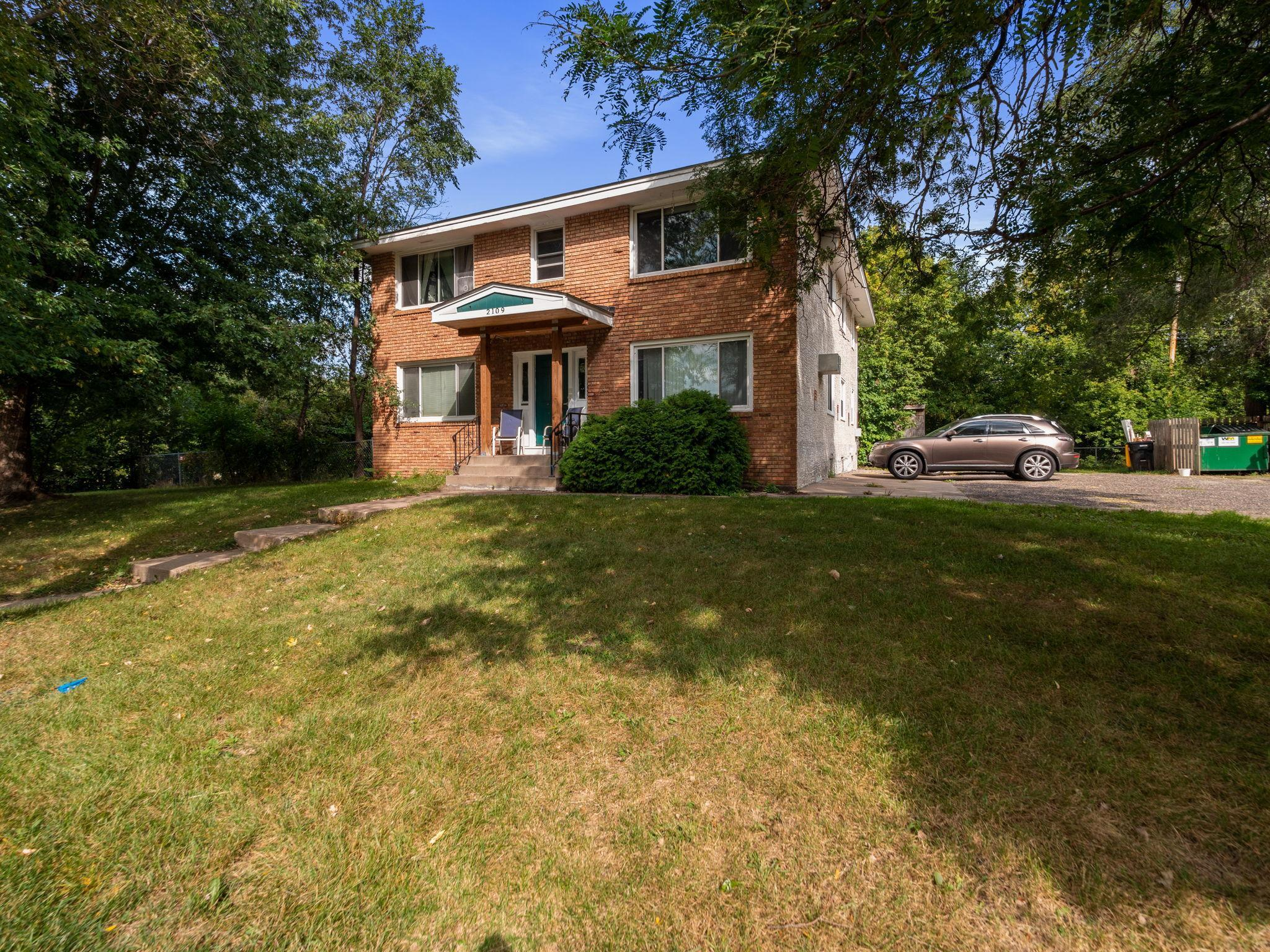 2109 Hillview Road Property Photo - Mounds View, MN real estate listing
