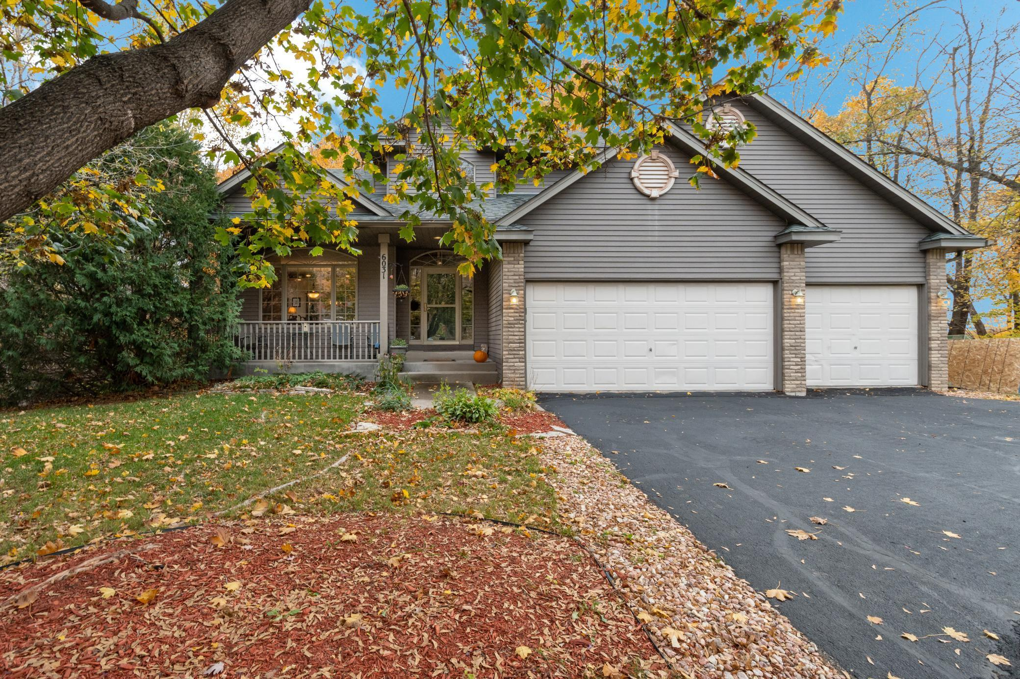 6031 Woodhill Lane Property Photo - Rockford, MN real estate listing