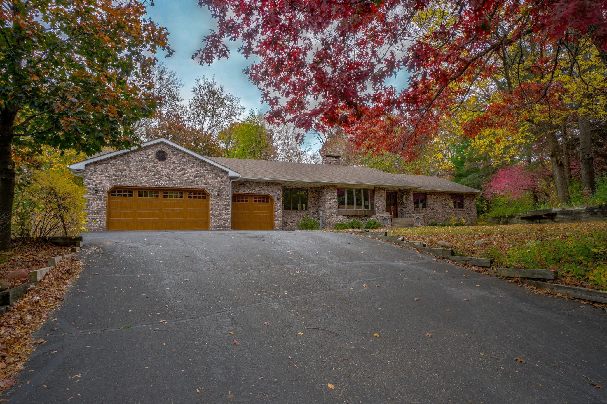 2320 Timber Trail E Property Photo - Maplewood, MN real estate listing
