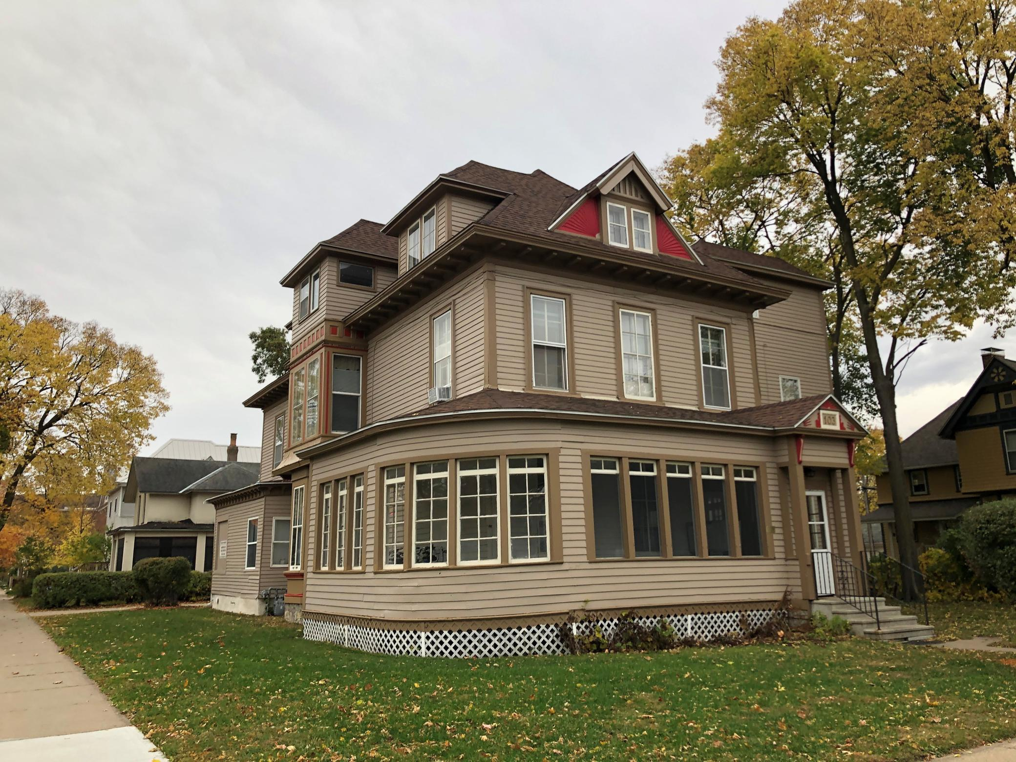103 W 7th Street Property Photo - Winona, MN real estate listing