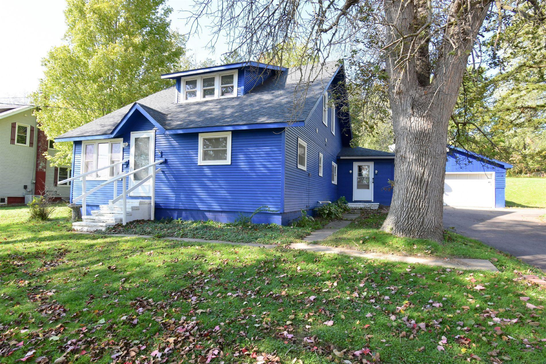 138 3rd Street Property Photo - Hixton, WI real estate listing