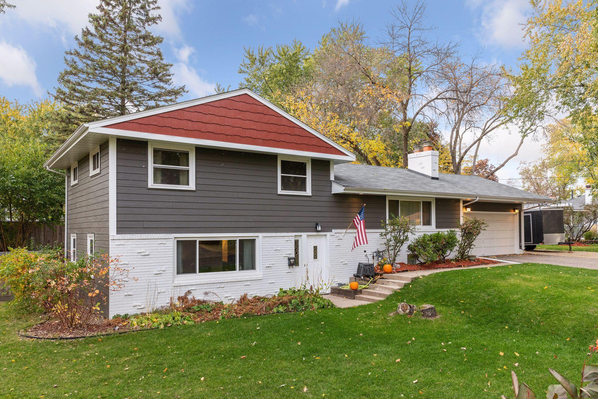 9198 Vincent Avenue S Property Photo - Bloomington, MN real estate listing