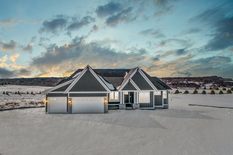 5732 Oakridge Court S Property Photo - Afton, MN real estate listing