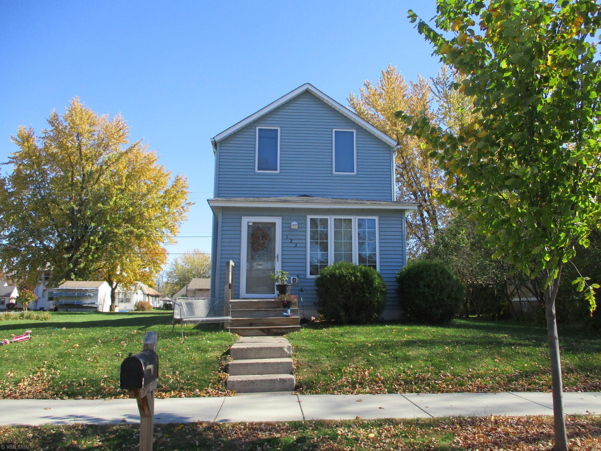 123 N Lexington Avenue Property Photo - Le Center, MN real estate listing