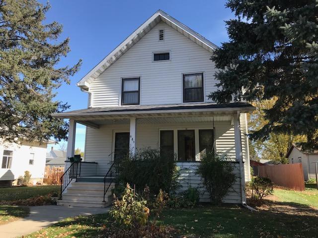 649 Wabasha Avenue Property Photo - Saint Charles, MN real estate listing