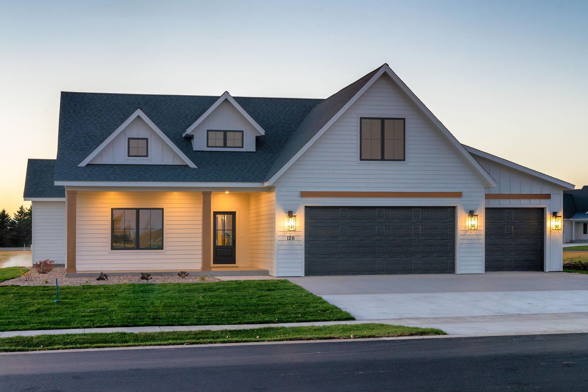 126 Pine Creek Road Property Photo - Mankato, MN real estate listing