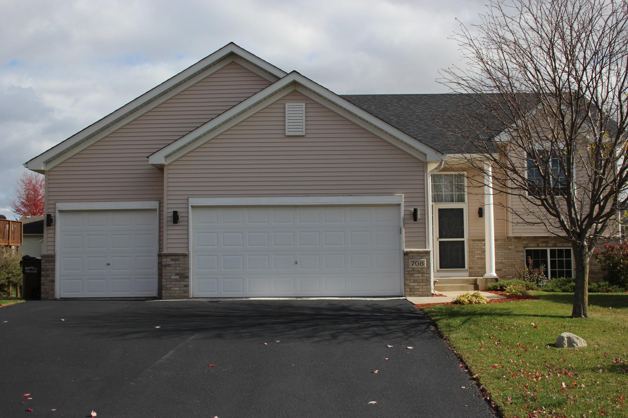 708 Brook Circle W Property Photo - Montrose, MN real estate listing
