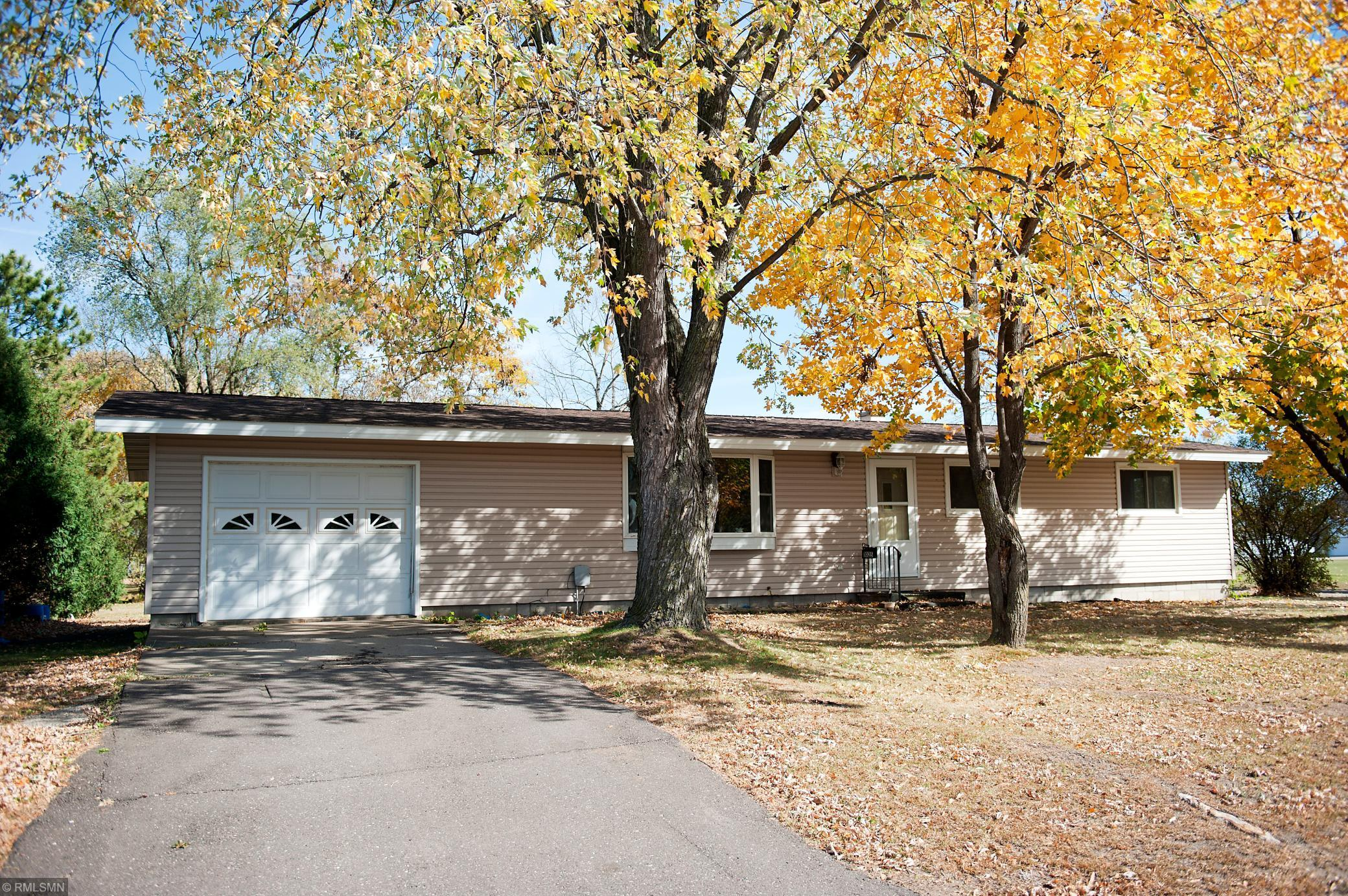 1025 S 7th Street Property Photo - Lake City, MN real estate listing
