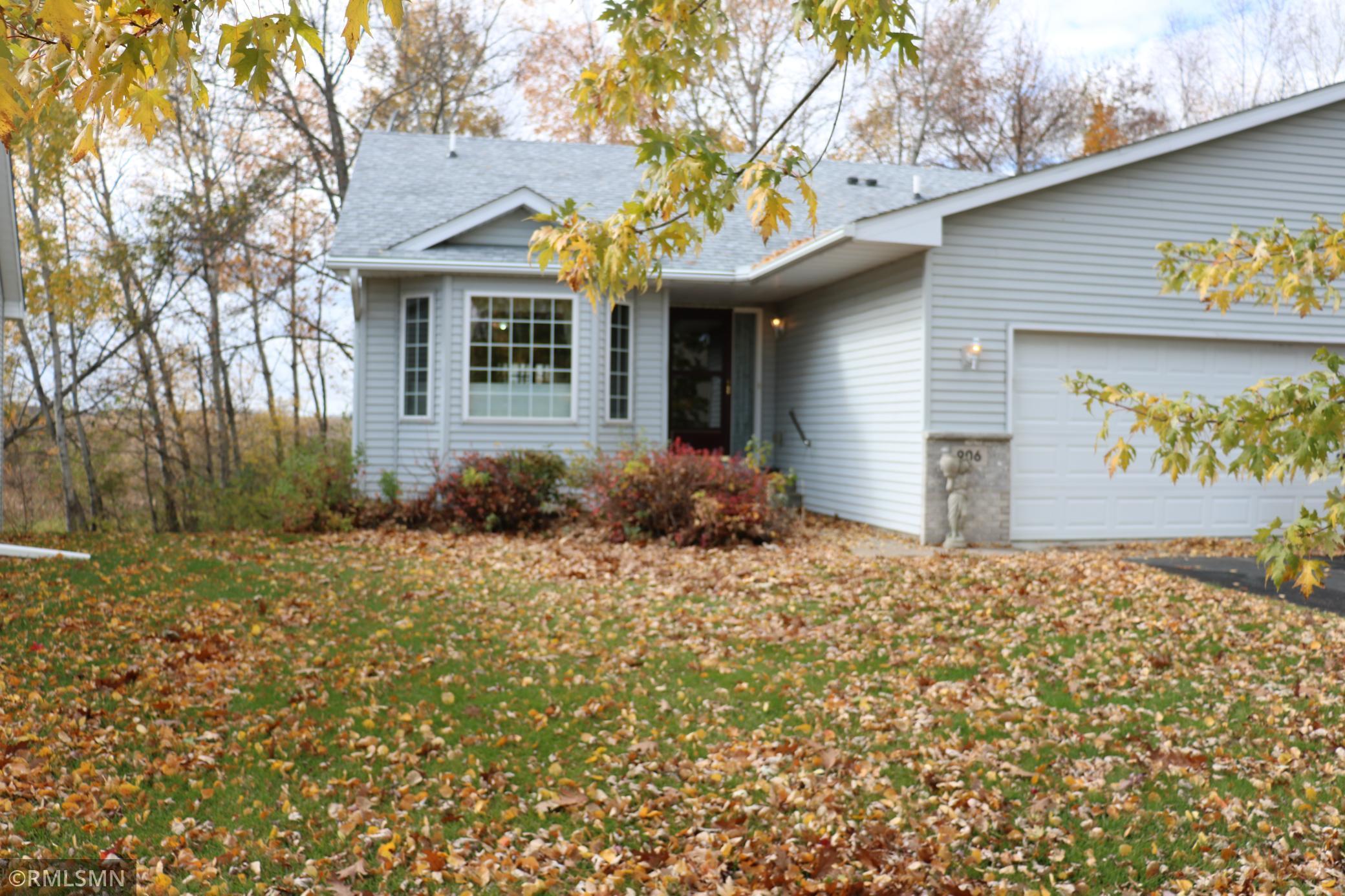 906 Shady Ridge Lane Property Photo - Braham, MN real estate listing