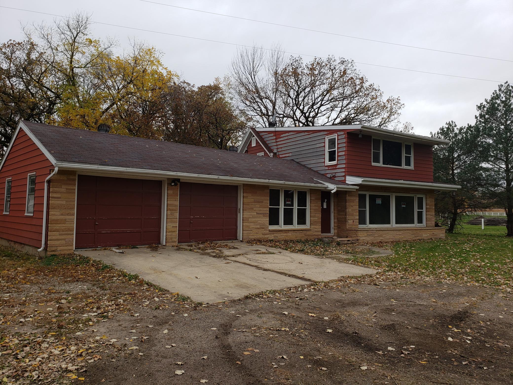 5640 Highway 14 E Property Photo