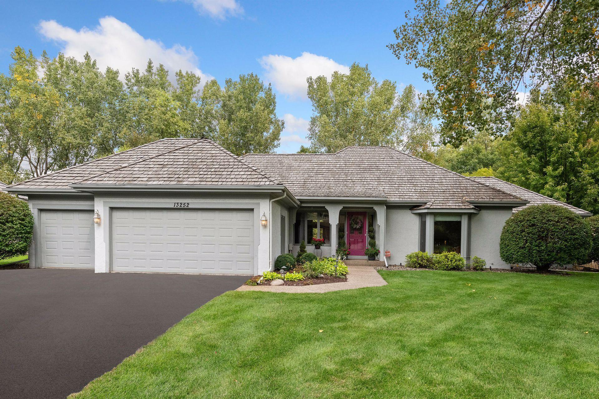 13252 Cardinal Creek Road Property Photo - Eden Prairie, MN real estate listing