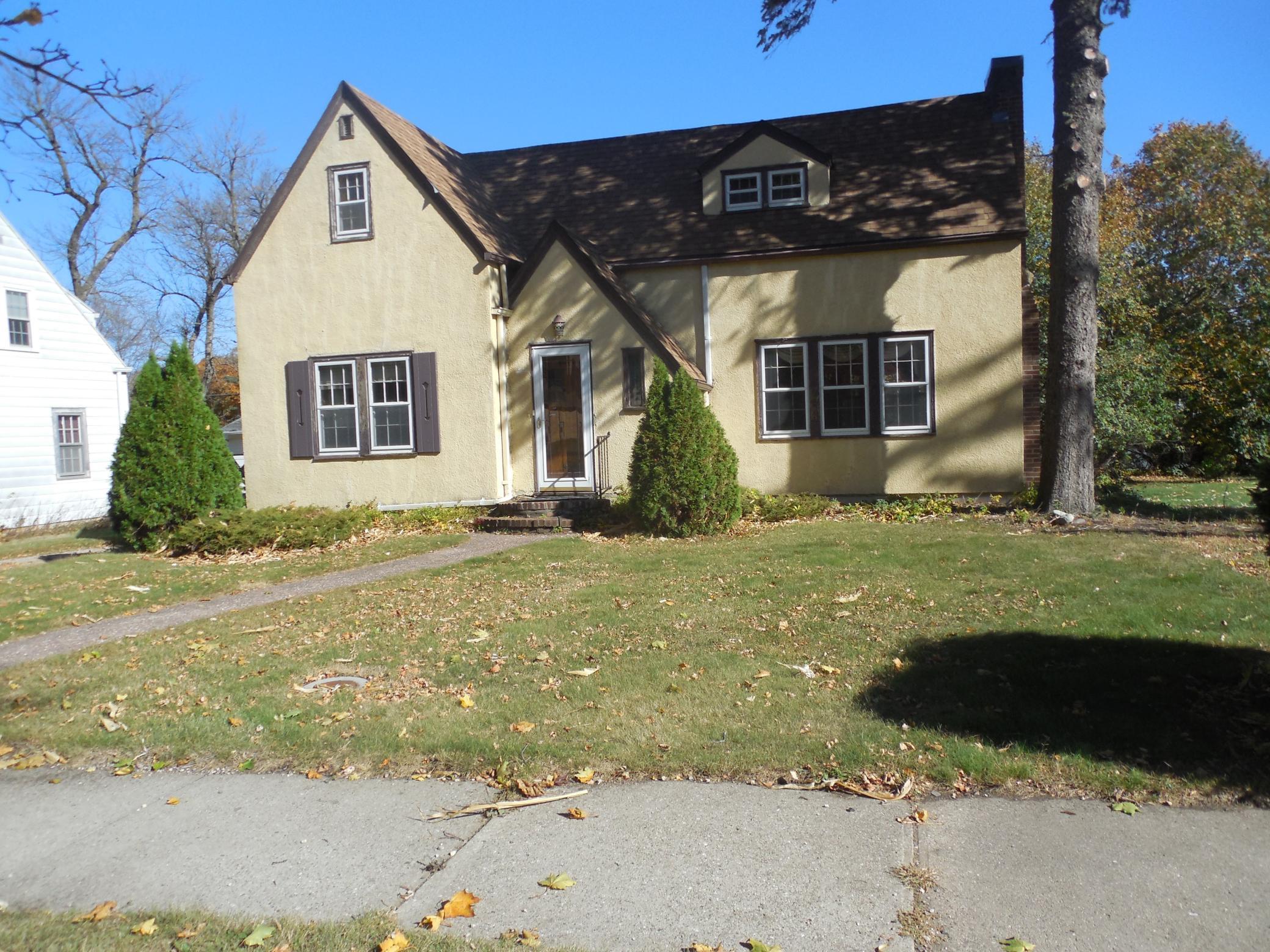 110 N Sherwood Street Property Photo - Ivanhoe, MN real estate listing
