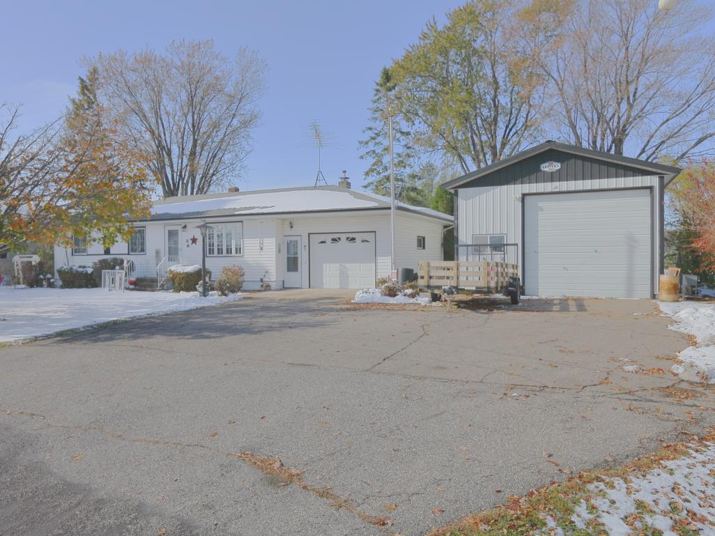 22567 Babcock Avenue Property Photo - Winsted, MN real estate listing