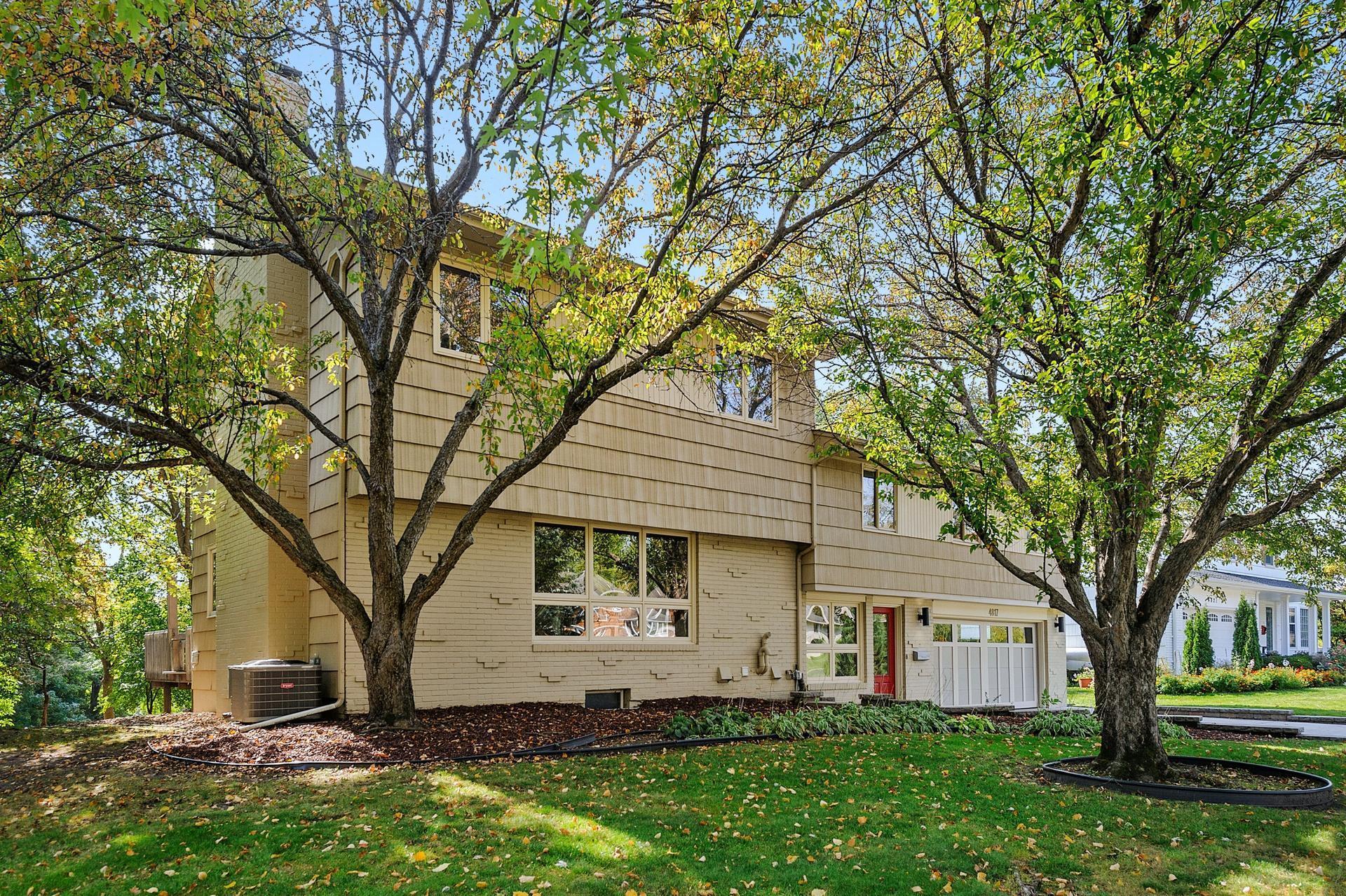 4817 Dunberry Lane Property Photo - Edina, MN real estate listing