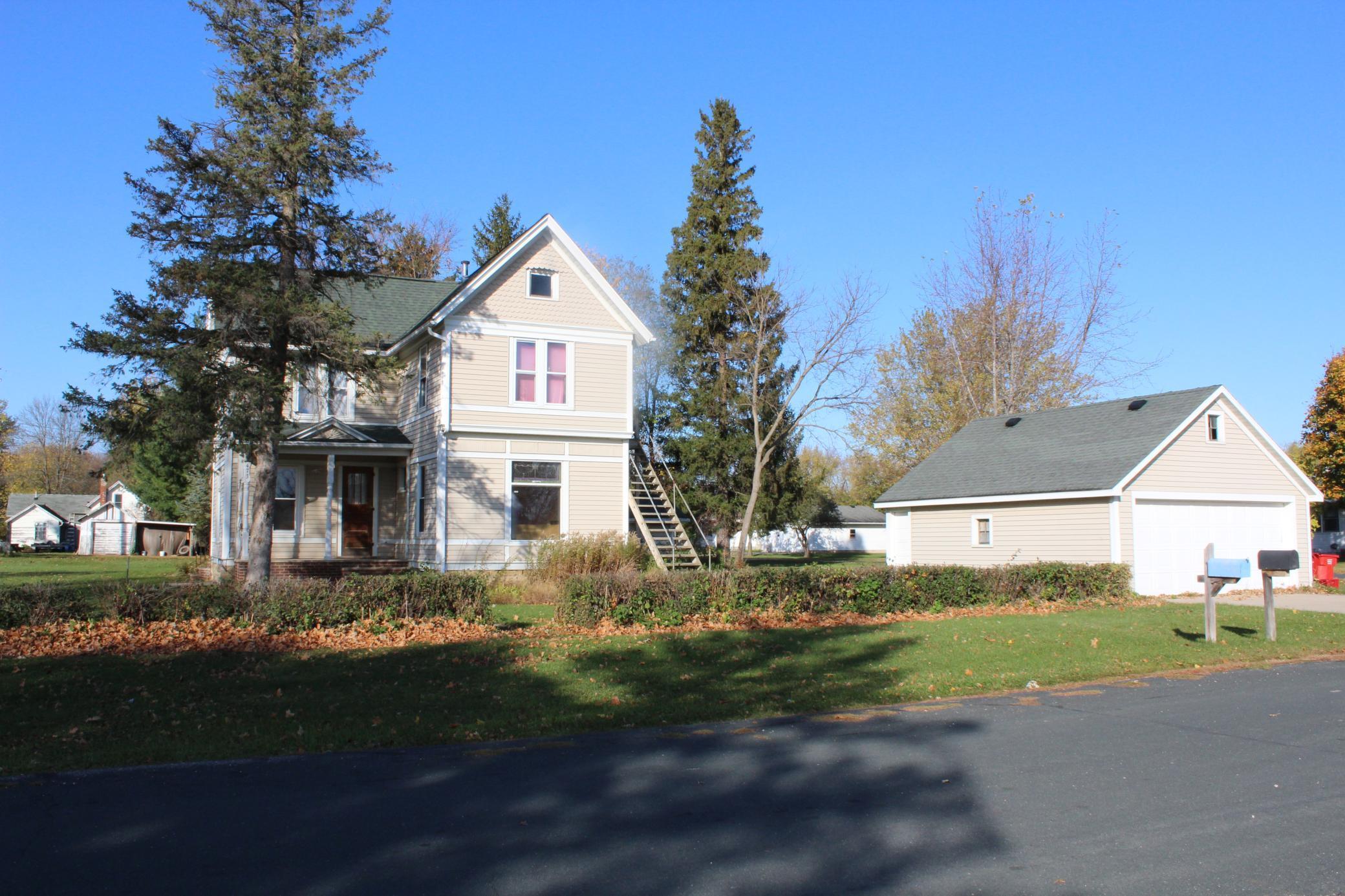 473 3rd Avenue NE Property Photo - Mazeppa, MN real estate listing