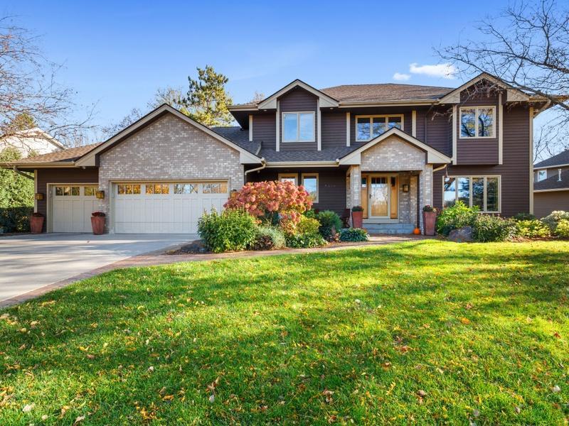 5330 Norwood Lane N Property Photo