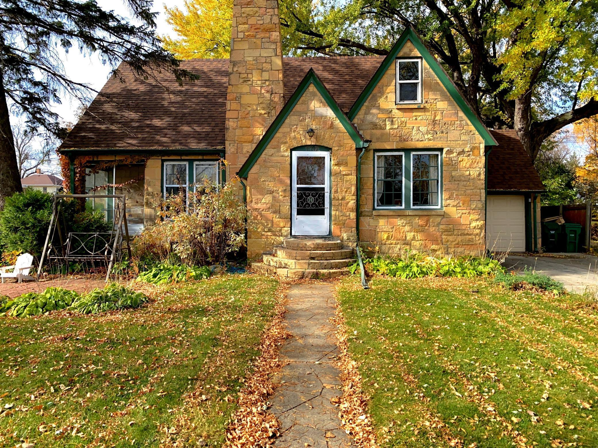 170 1st Street S Property Photo - Winsted, MN real estate listing