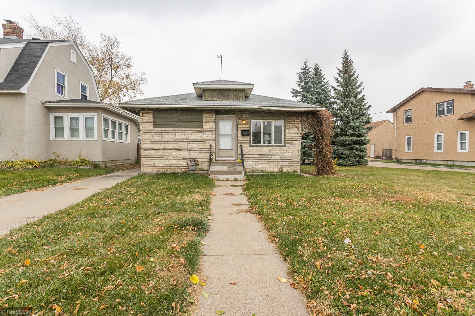 1416 Snelling Avenue N Property Photo - Saint Paul, MN real estate listing
