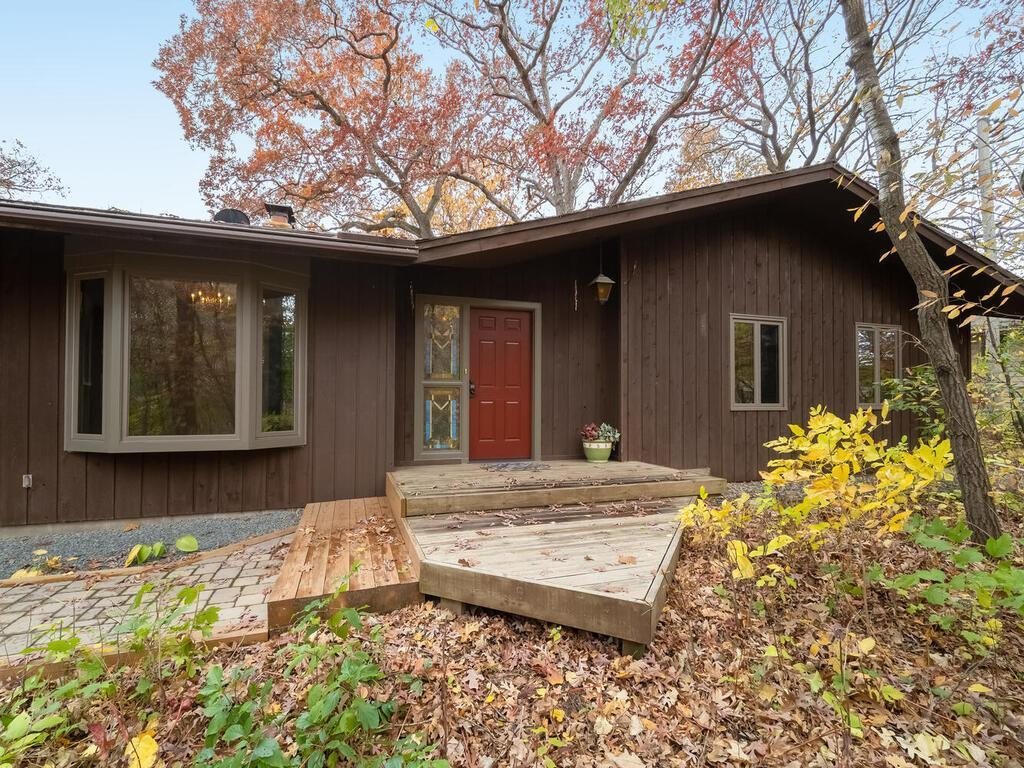7701 W 87th Street Property Photo - Bloomington, MN real estate listing