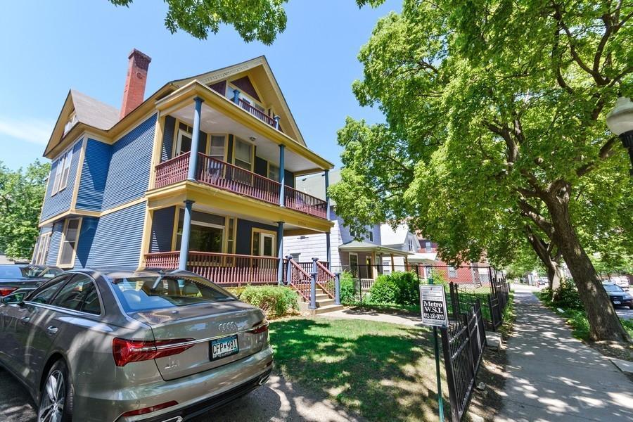 2714 Chicago Avenue S Property Photo - Minneapolis, MN real estate listing