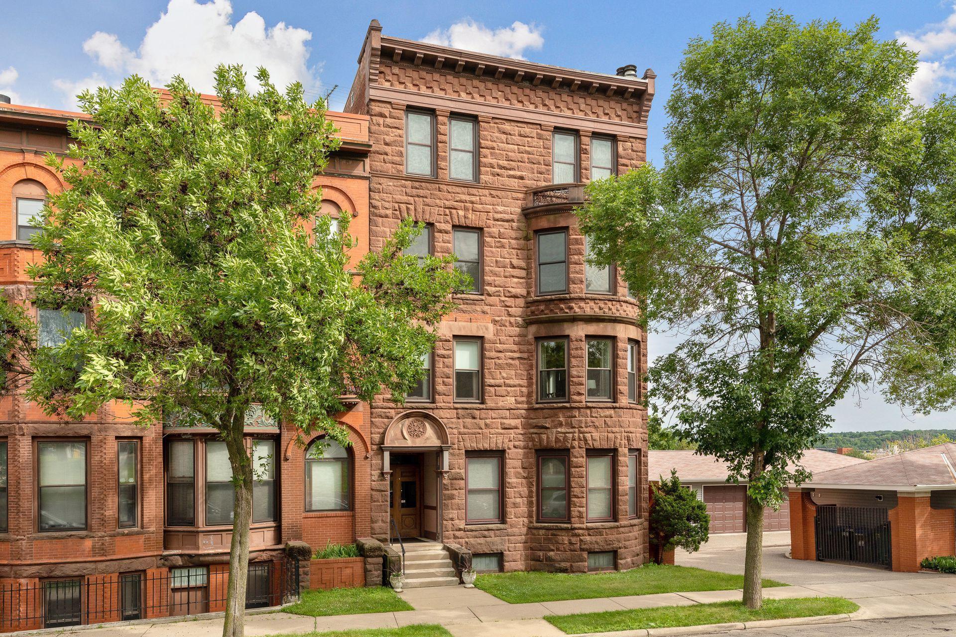 168 College Avenue W #2 Property Photo