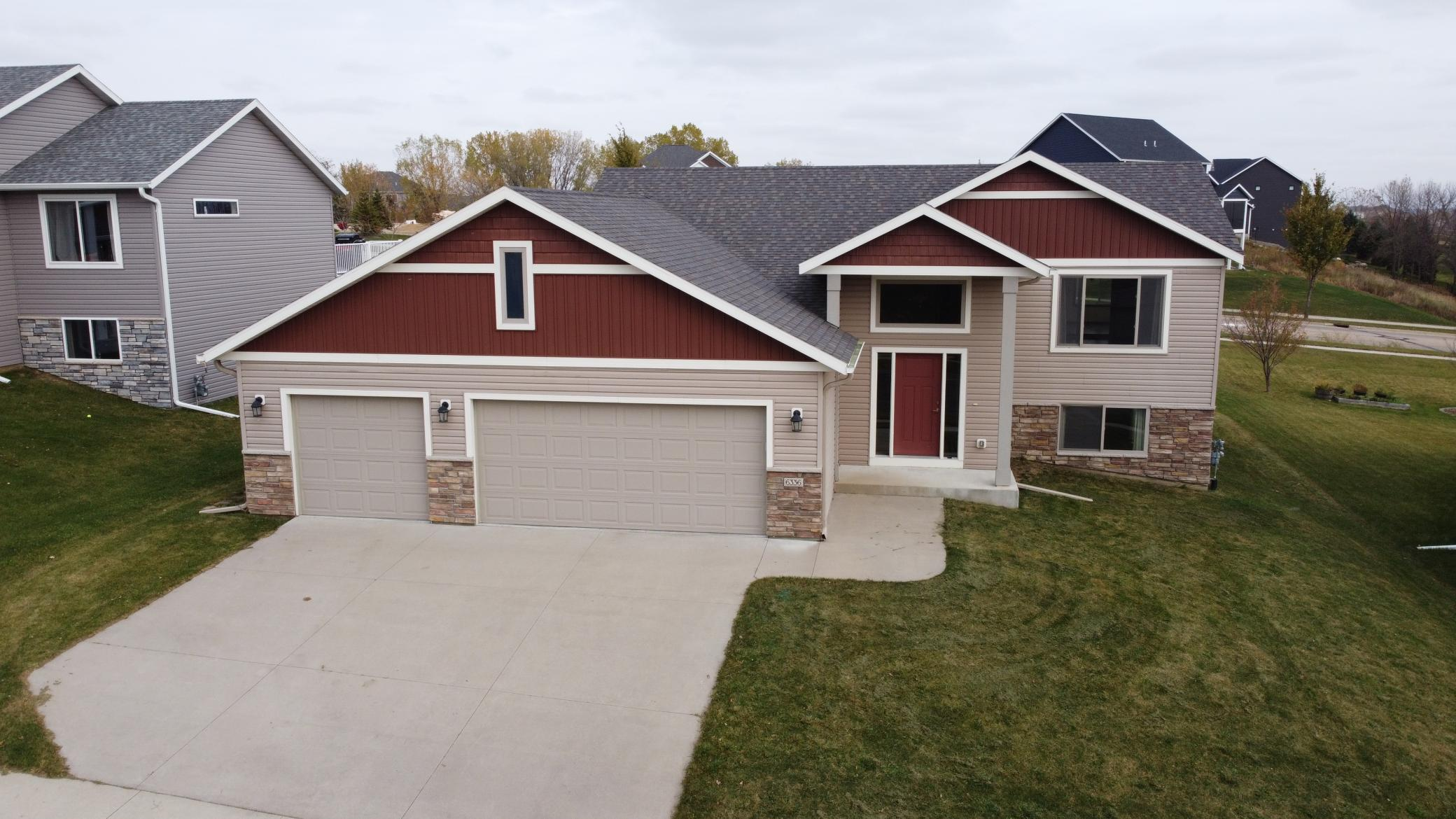 6336 Mallard Drive NW Property Photo - Rochester, MN real estate listing