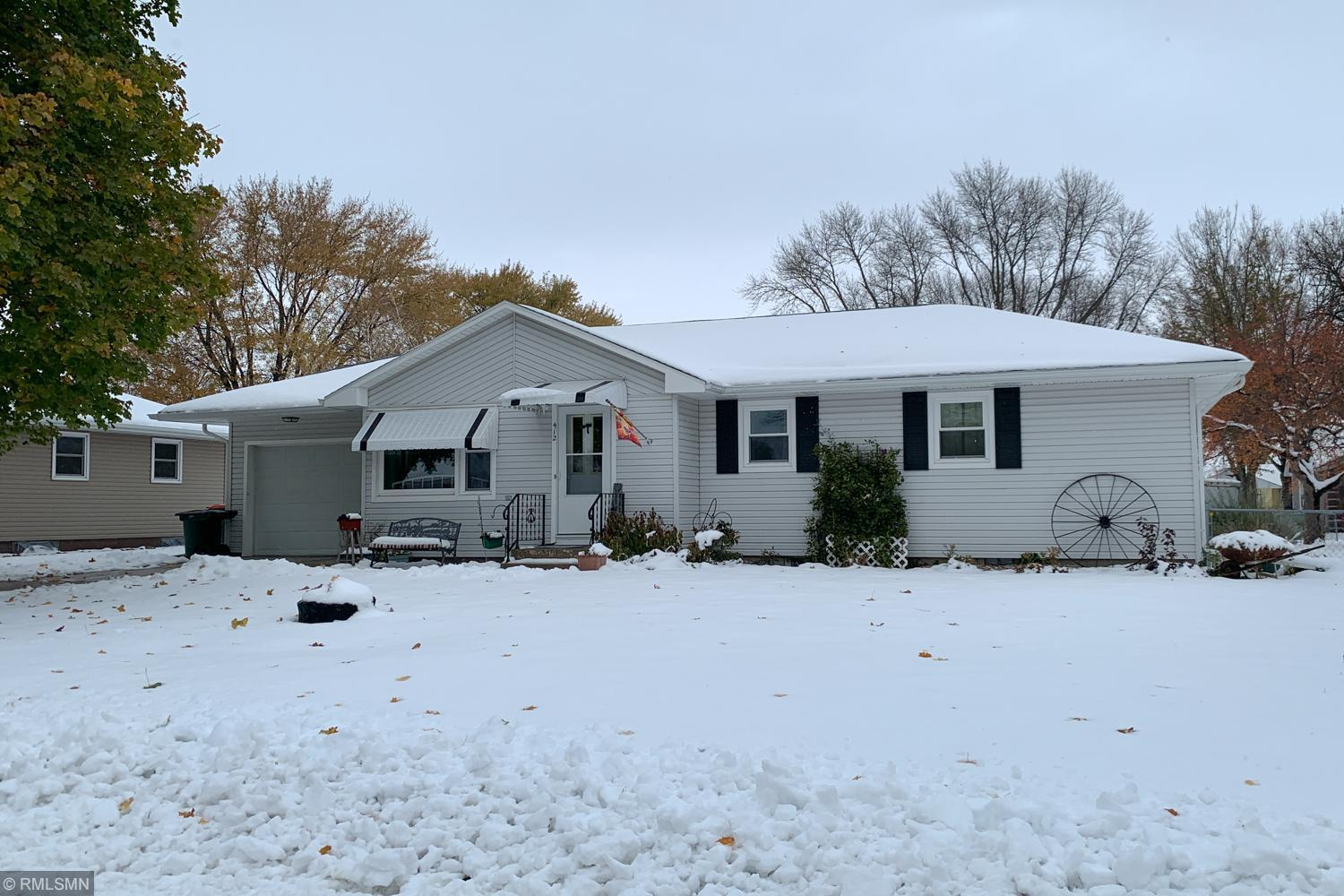 412 W 5th Street Property Photo - Winthrop, MN real estate listing