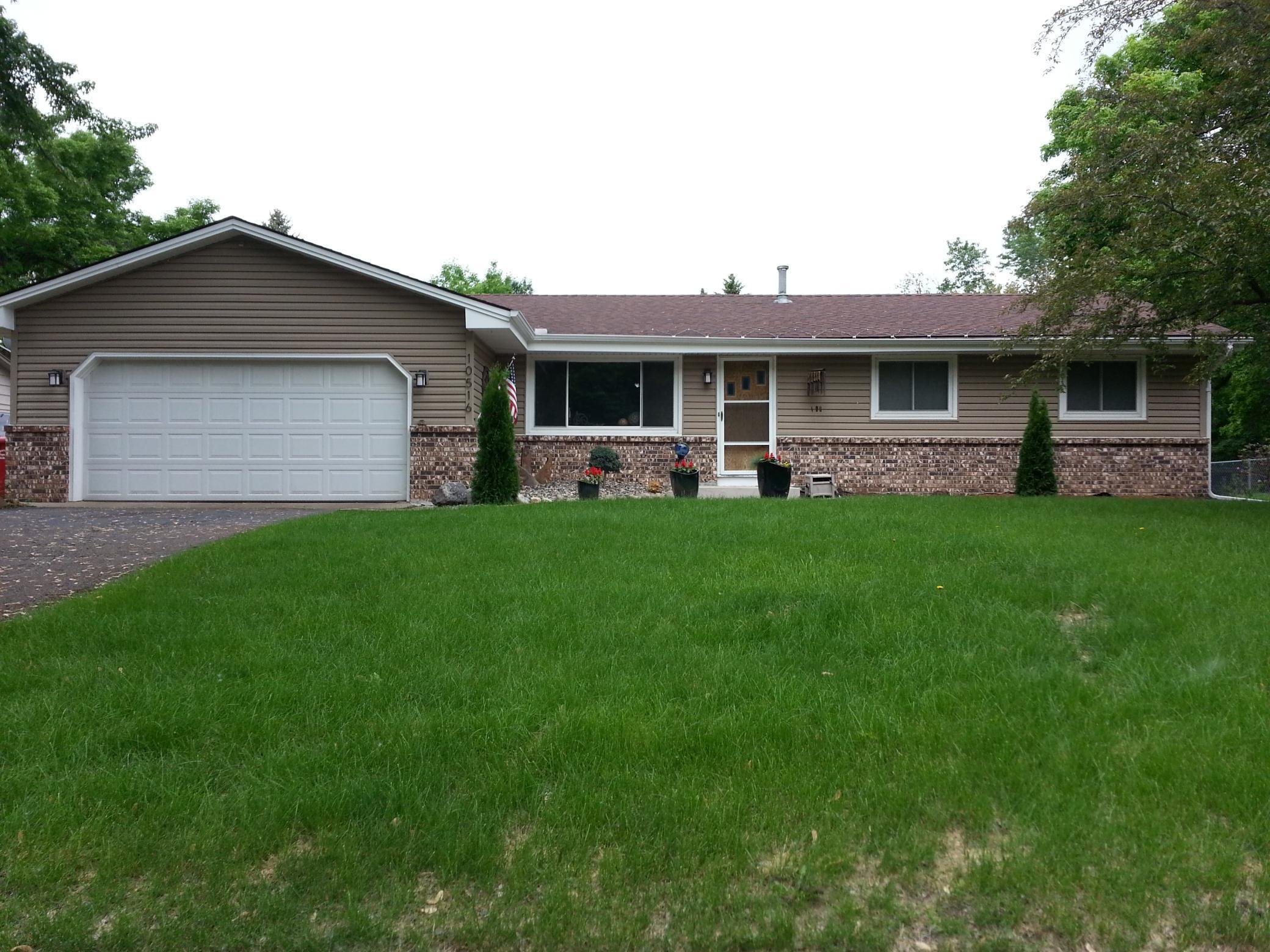 10516 Blaisdell Circle Property Photo - Bloomington, MN real estate listing