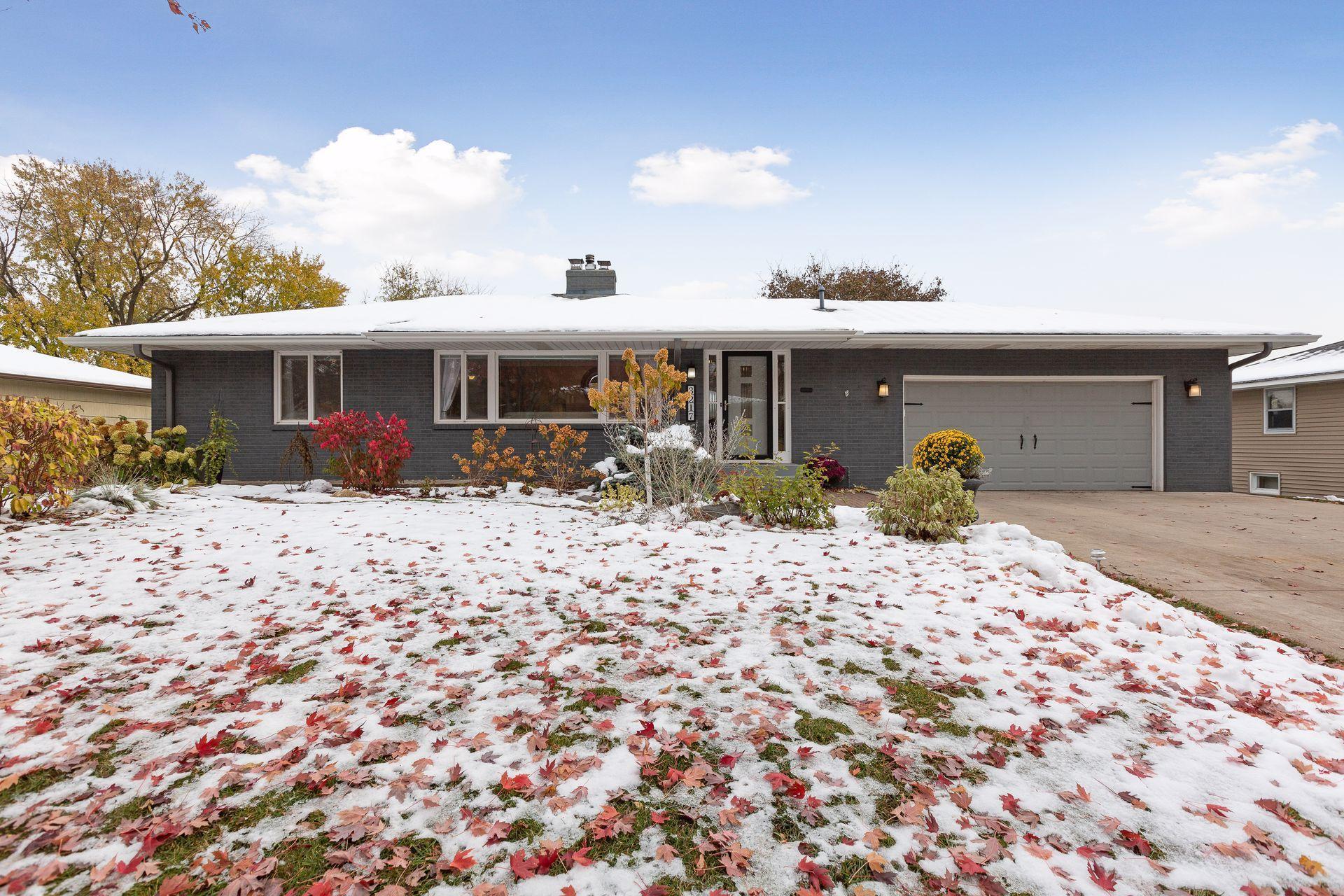 3217 Rankin Road Property Photo - Saint Anthony, MN real estate listing