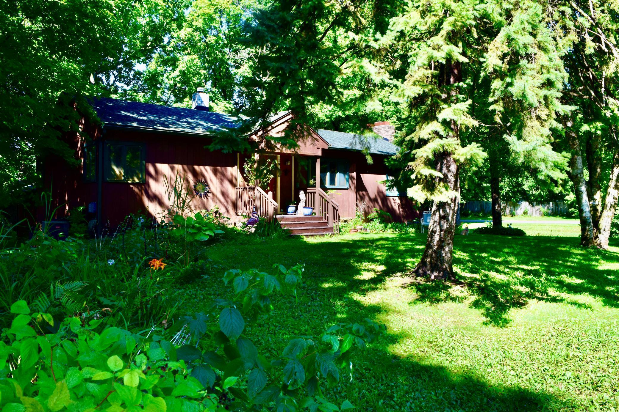 19110 Lake Avenue Property Photo - Deephaven, MN real estate listing