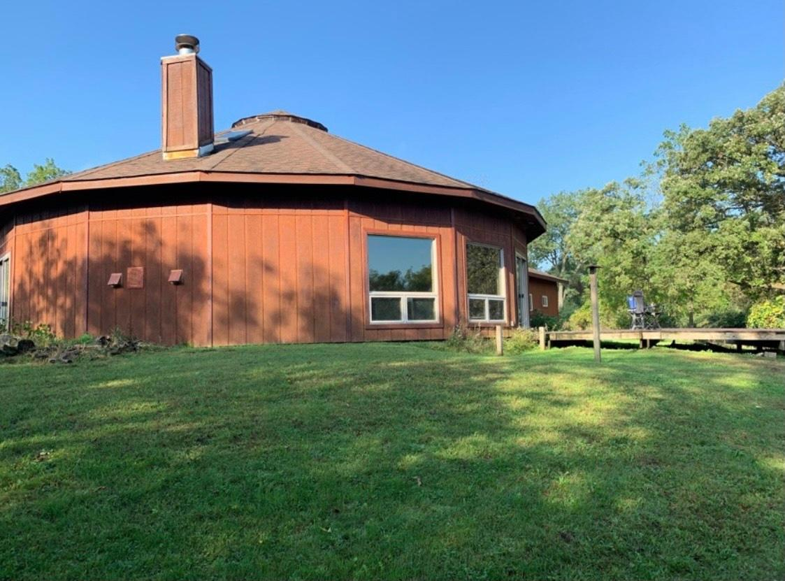 23651 Jesse James Road Property Photo - Spring Grove, MN real estate listing