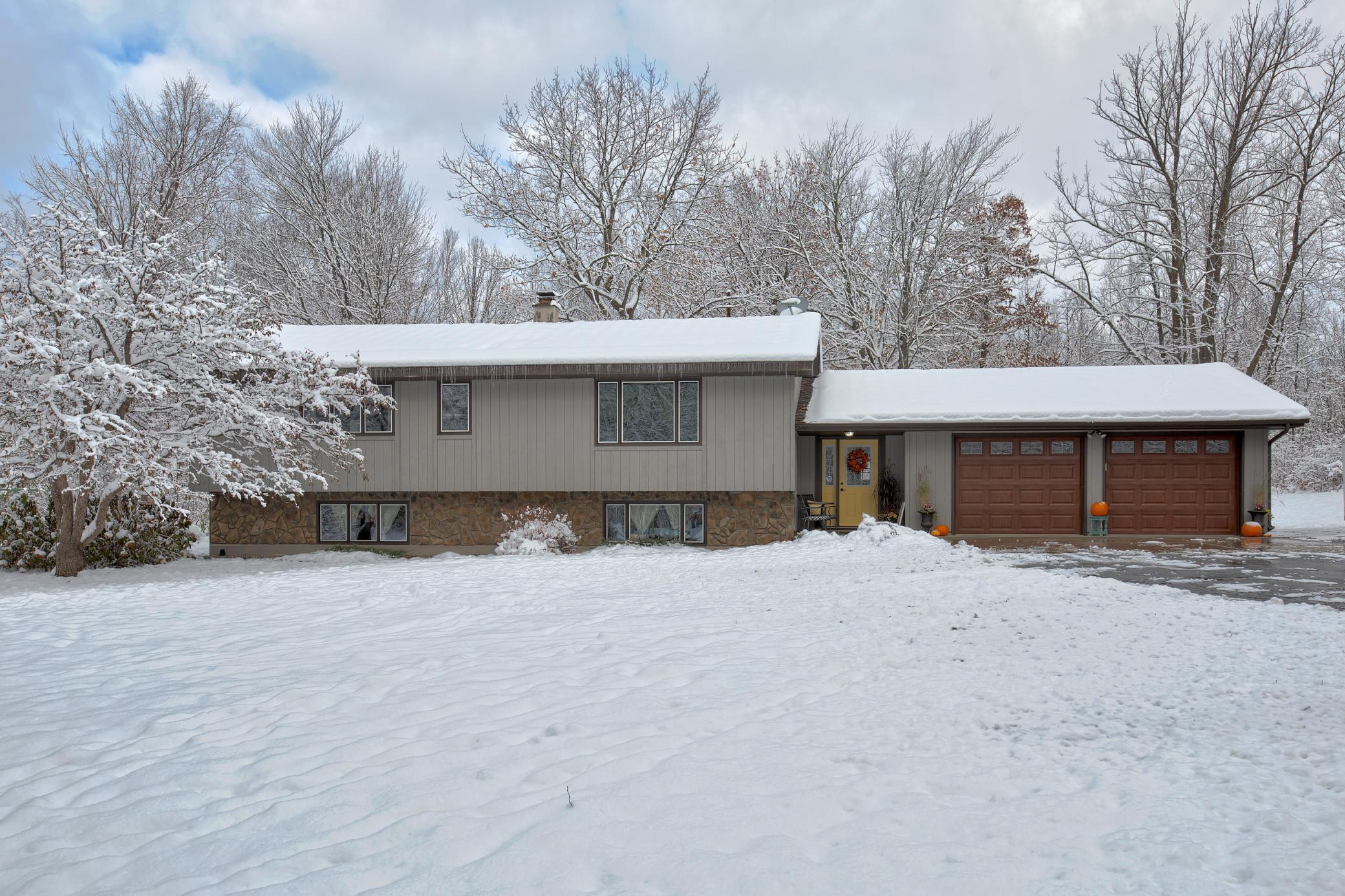 26744 Alandale Drive Property Photo - Cohasset, MN real estate listing