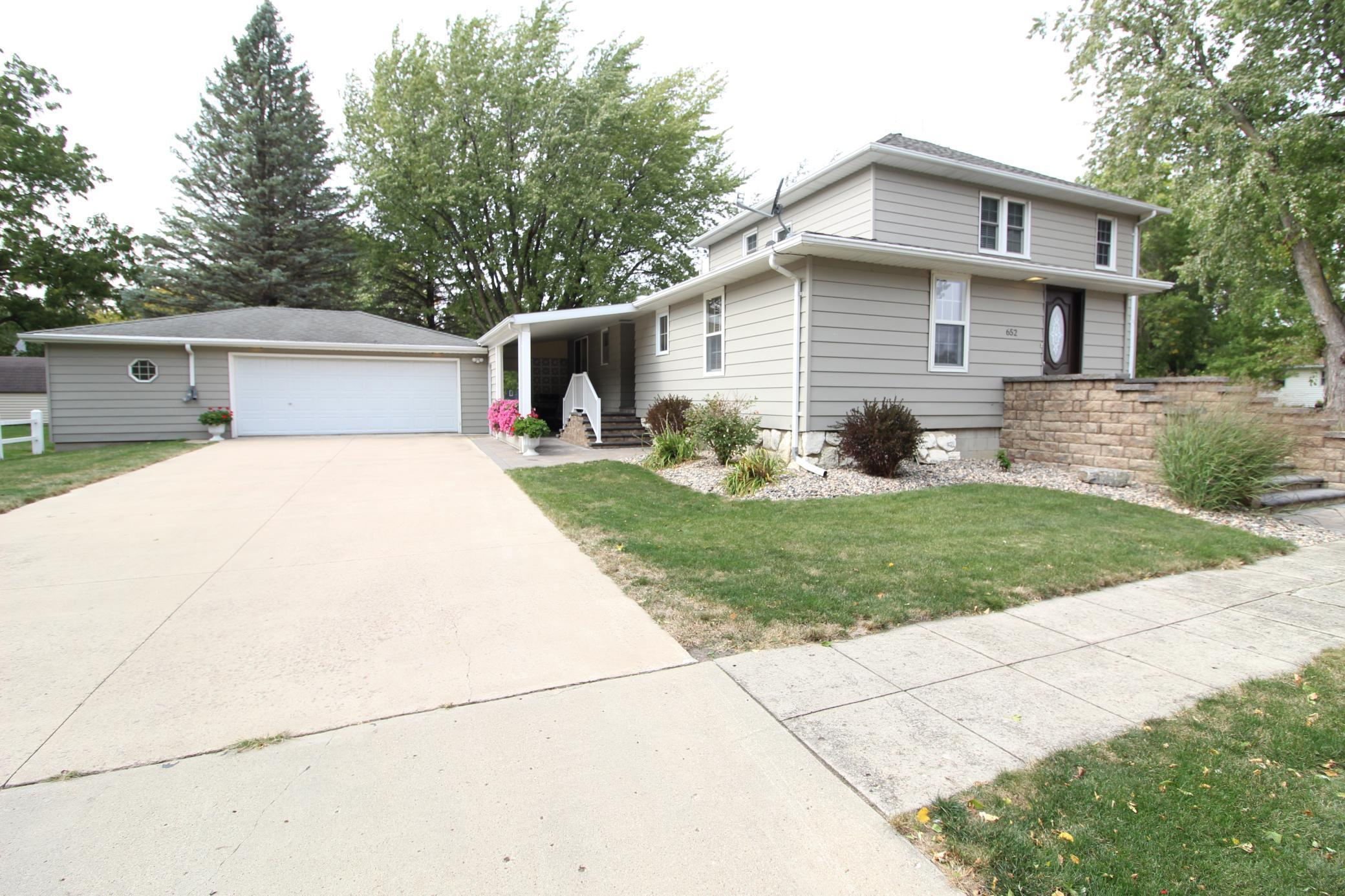 652 Cedar Avenue Property Photo - Westbrook, MN real estate listing