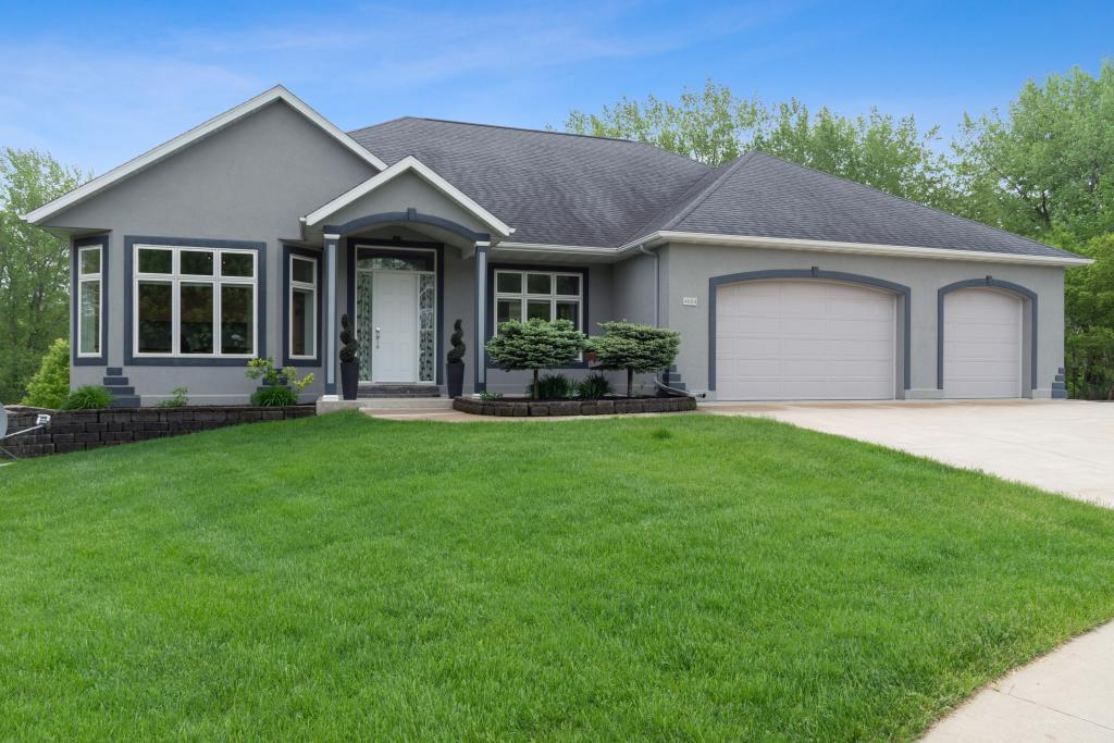 4604 Windslow Lane NW Property Photo - Rochester, MN real estate listing