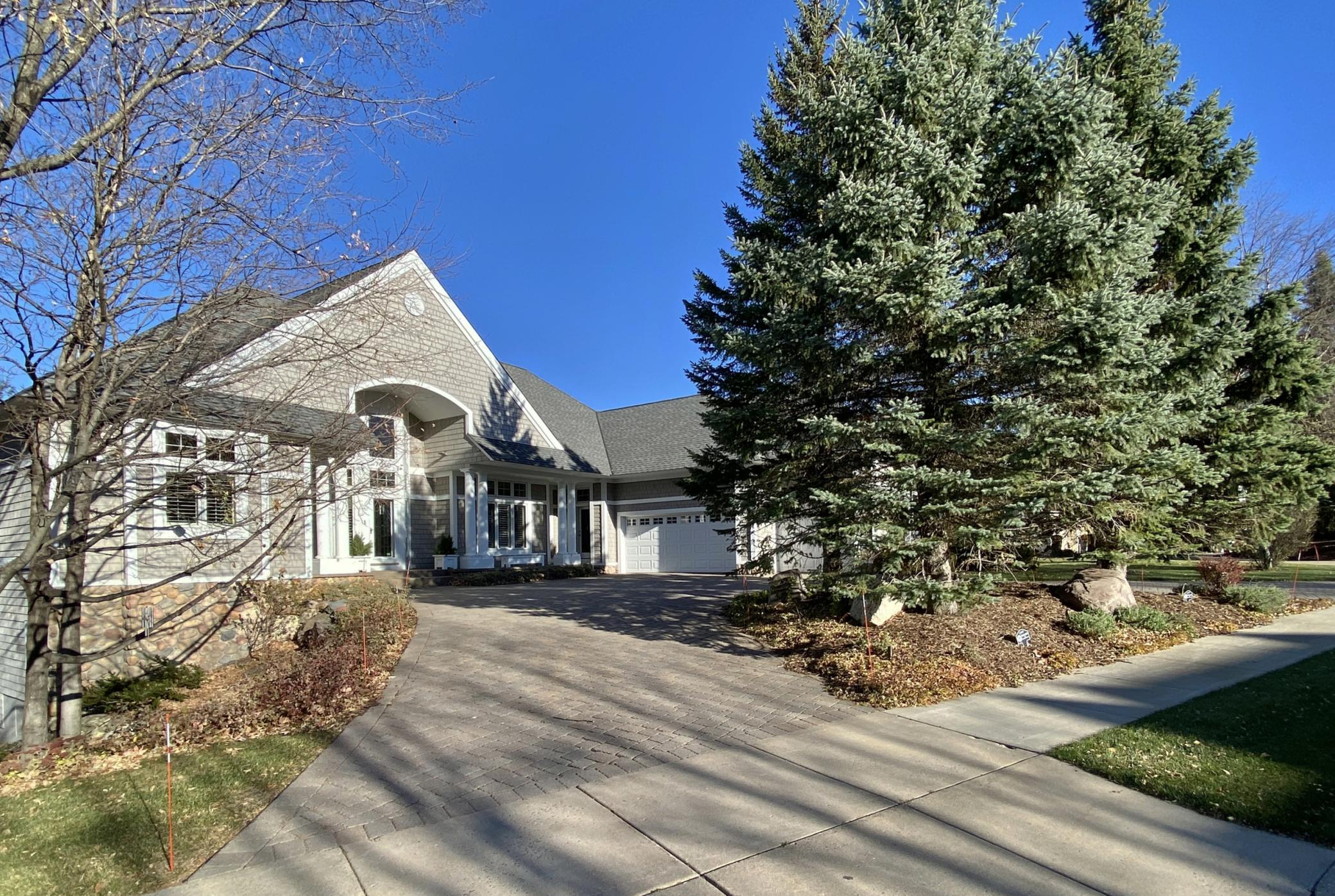 7630 South Bay Drive Property Photo - Bloomington, MN real estate listing