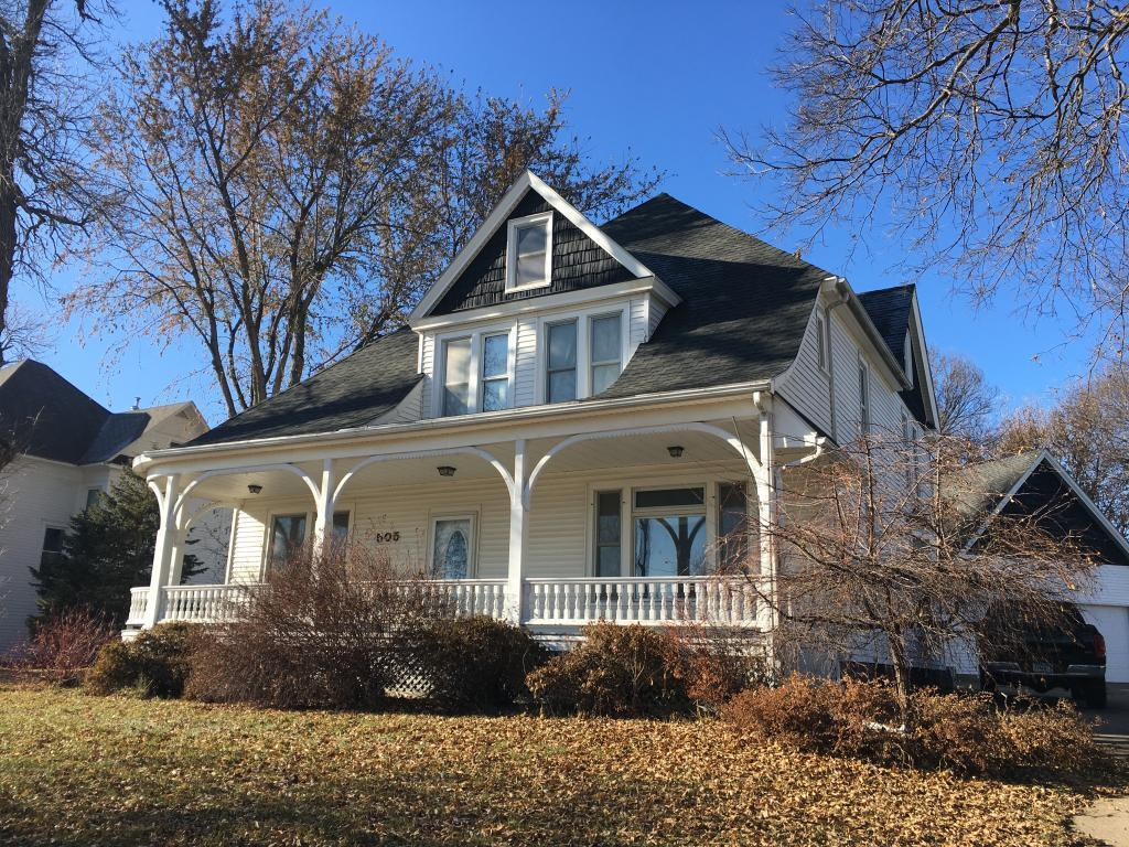 505 N Kniss Avenue Property Photo - Luverne, MN real estate listing