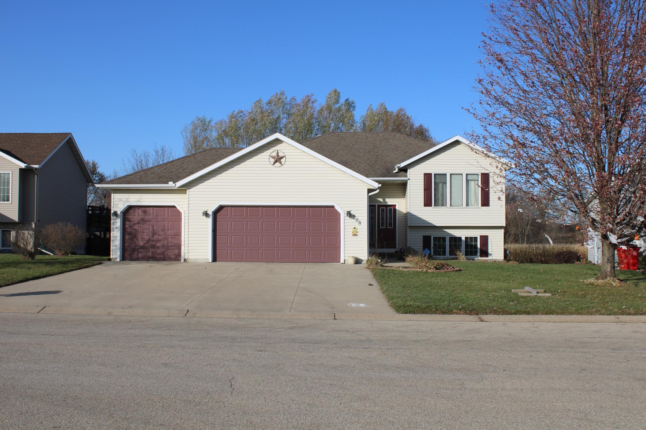 508 Whitewater Way Property Photo - Elgin, MN real estate listing