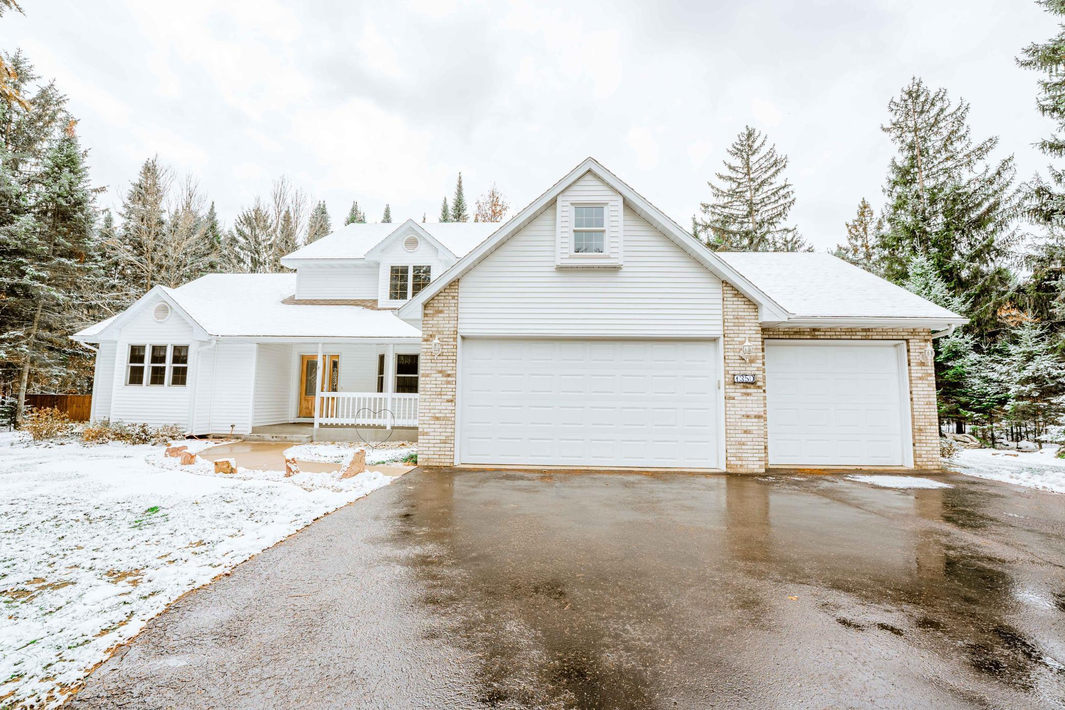1350 Red Pine Drive Property Photo - Altoona, WI real estate listing