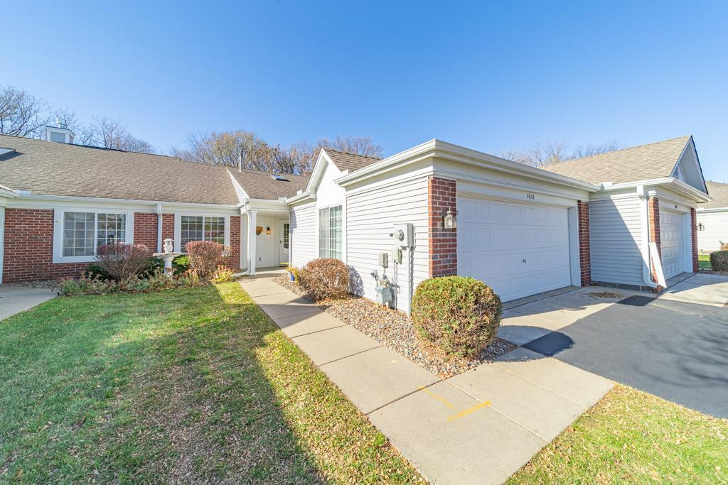 Auburn Woods Real Estate Listings Main Image